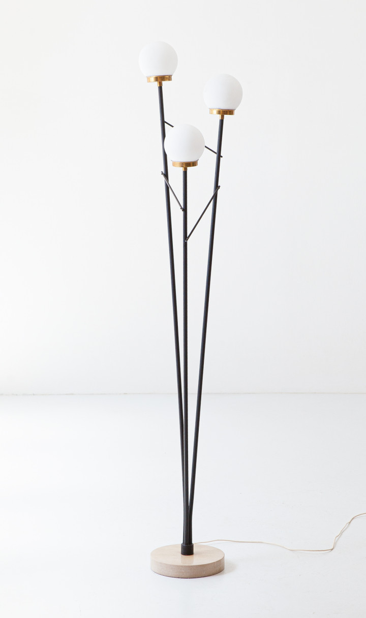 1950s Italian floor lamp with opaline glasses   L105
