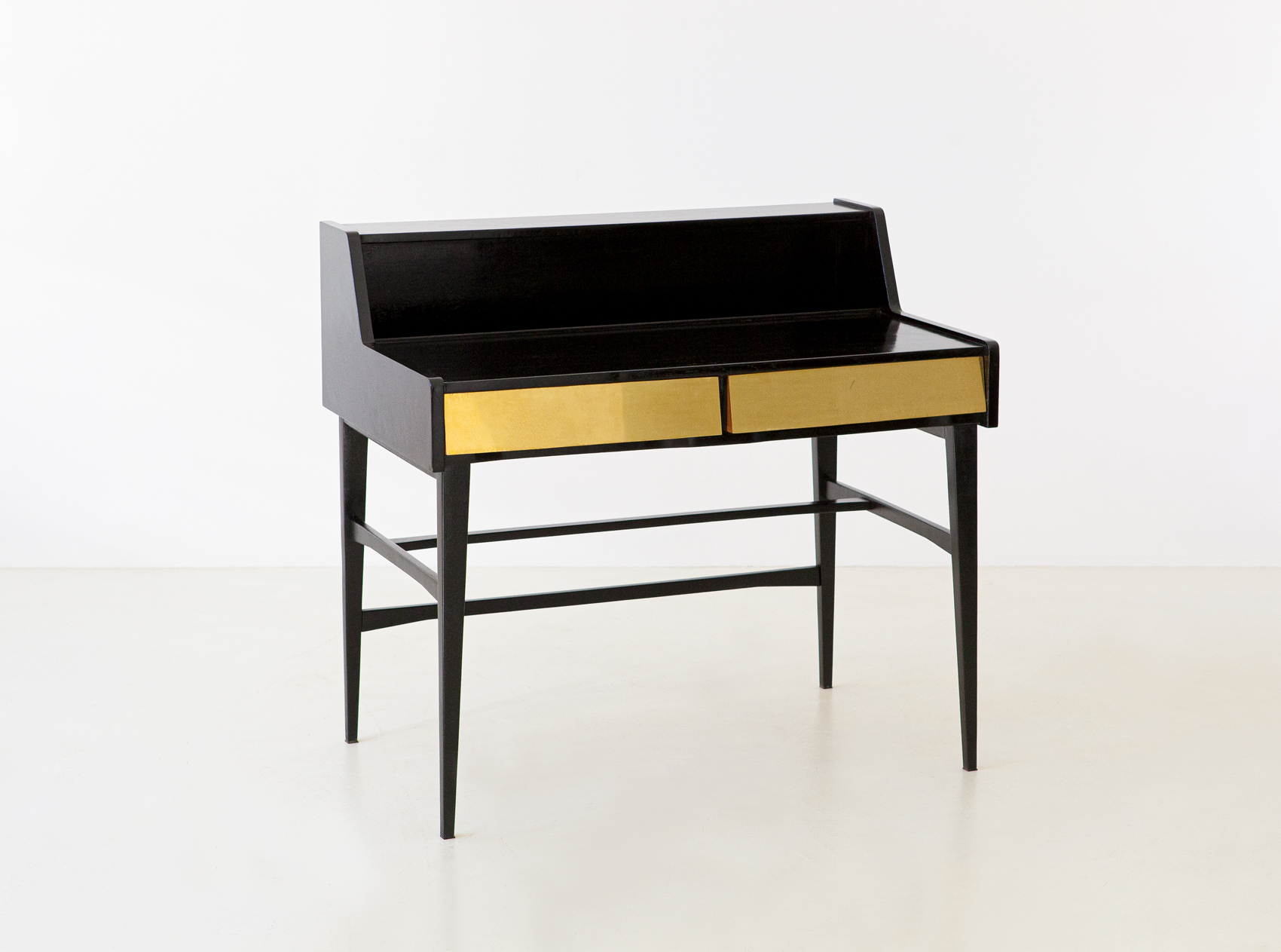 1950s-black-polished-wood-and-brass-desk-7-dt34