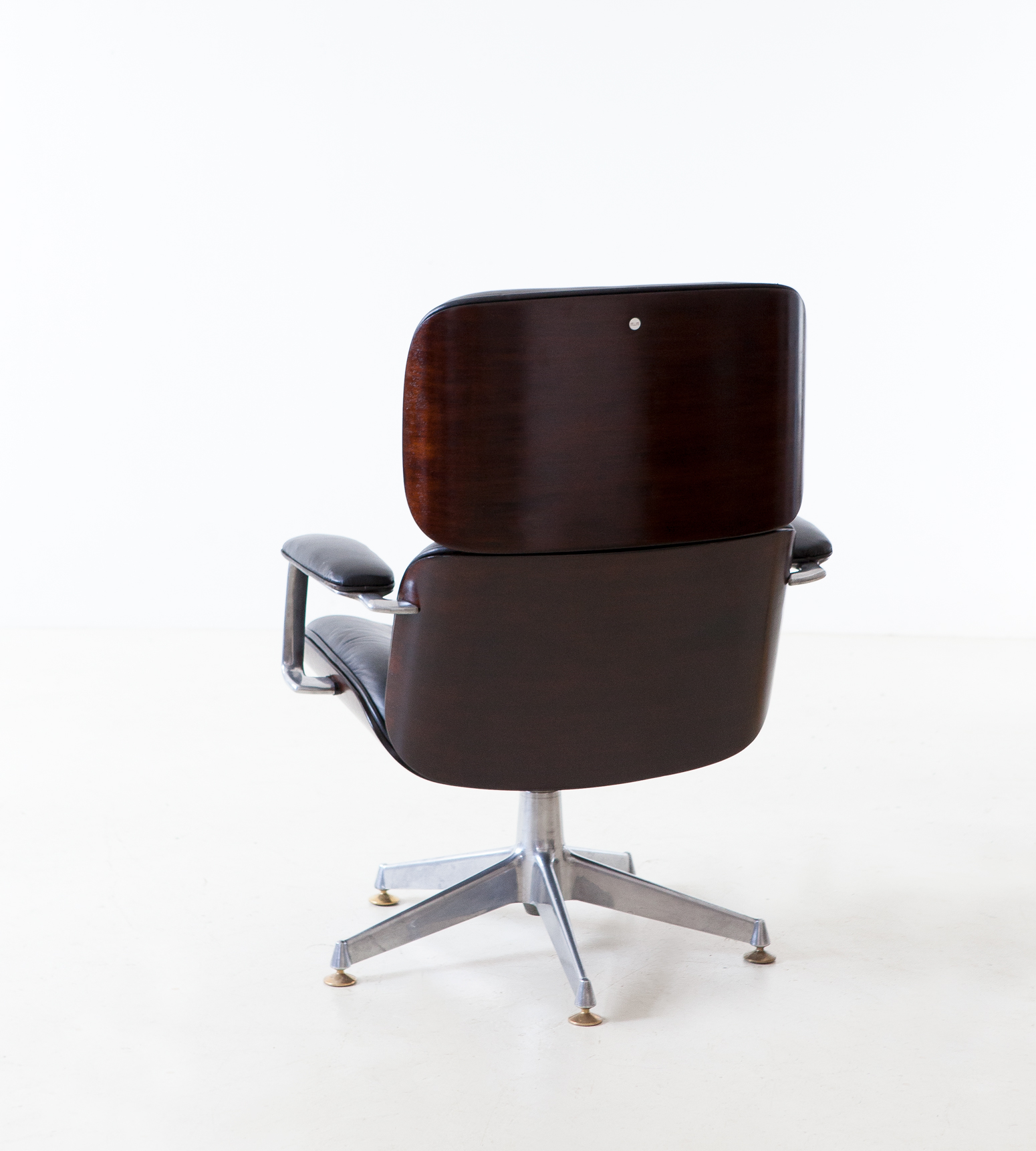 1950s-executive-desk-chair-by-Ico-Parisi-for-M.i.M.-11-SE332