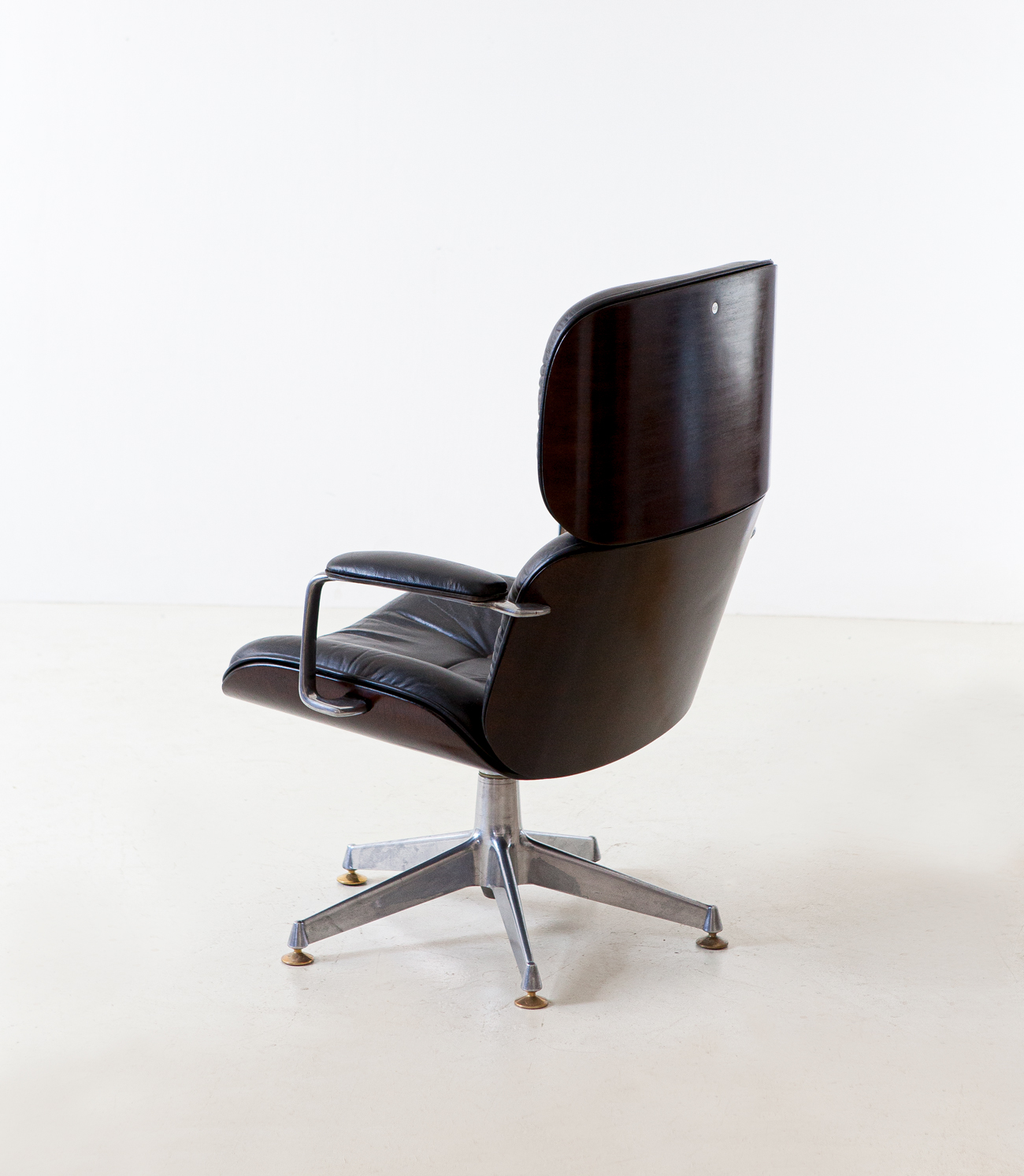 1950s-executive-desk-chair-by-Ico-Parisi-for-M.i.M.-12-SE332