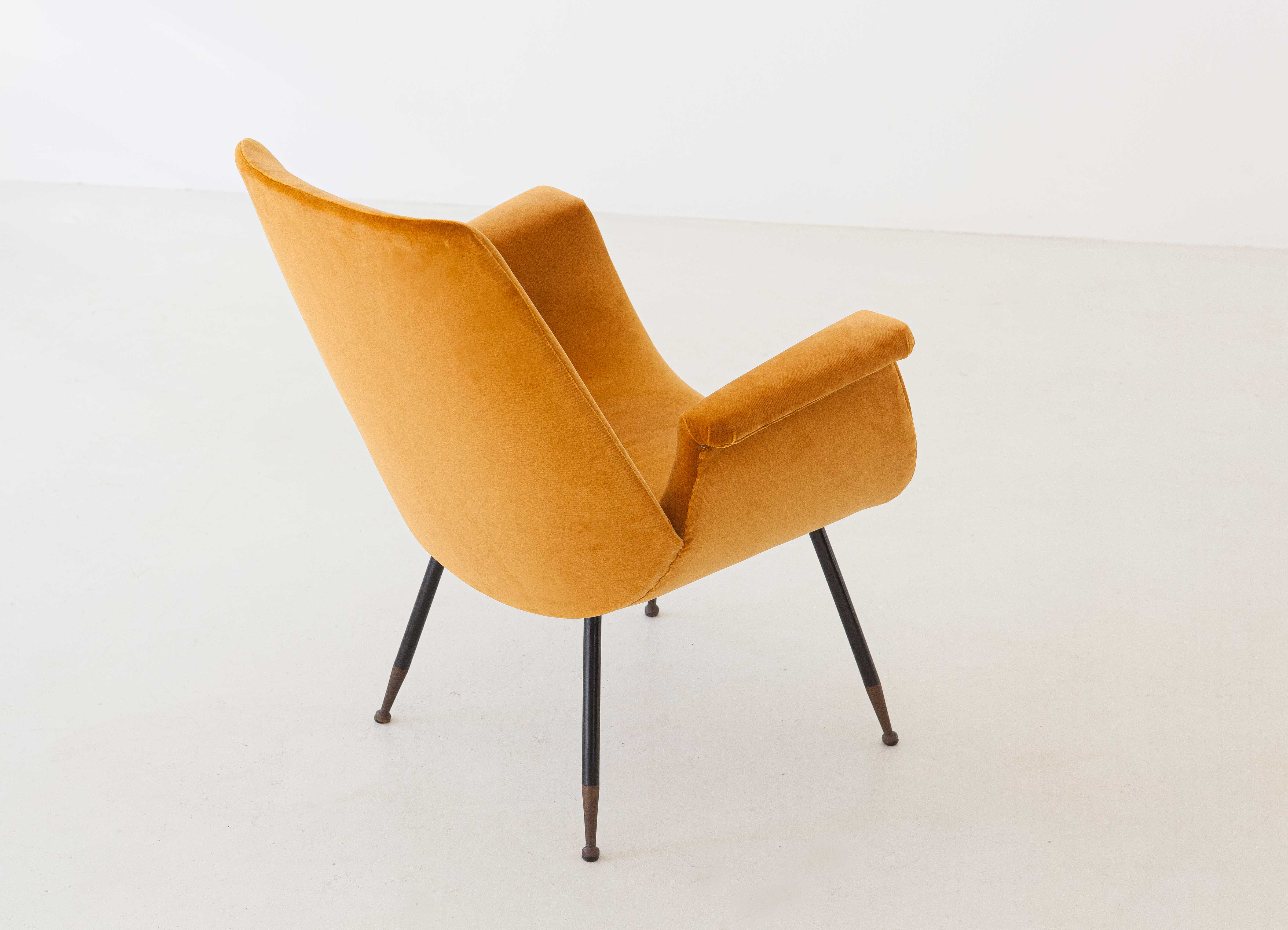 1950s-gastone-rinaldi-yellow-velvet-lounge-armchair-2-se316
