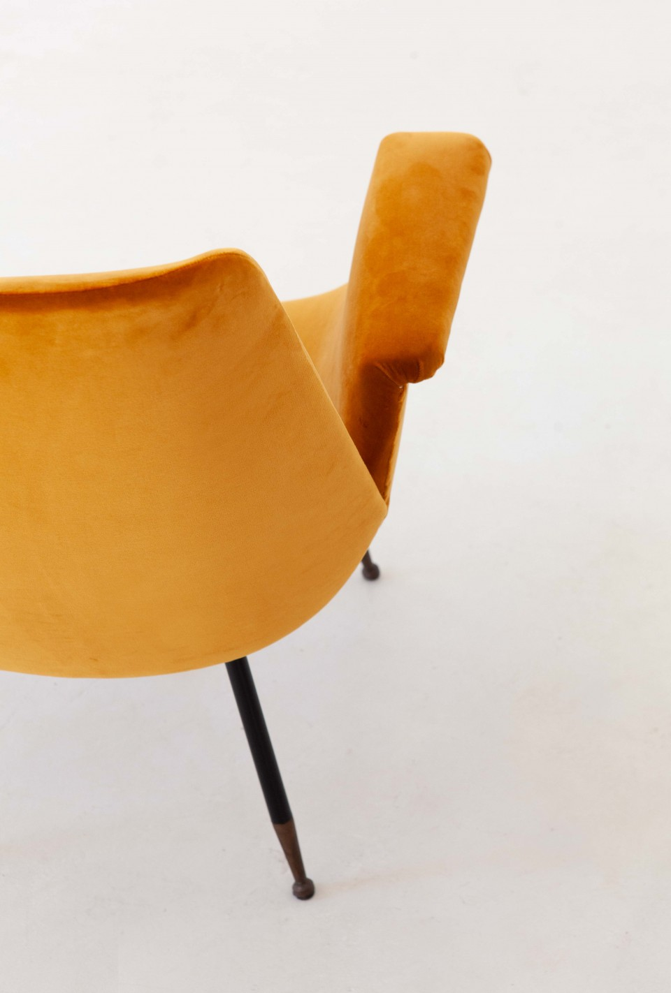 1950s-gastone-rinaldi-yellow-velvet-lounge-armchair-3-se316
