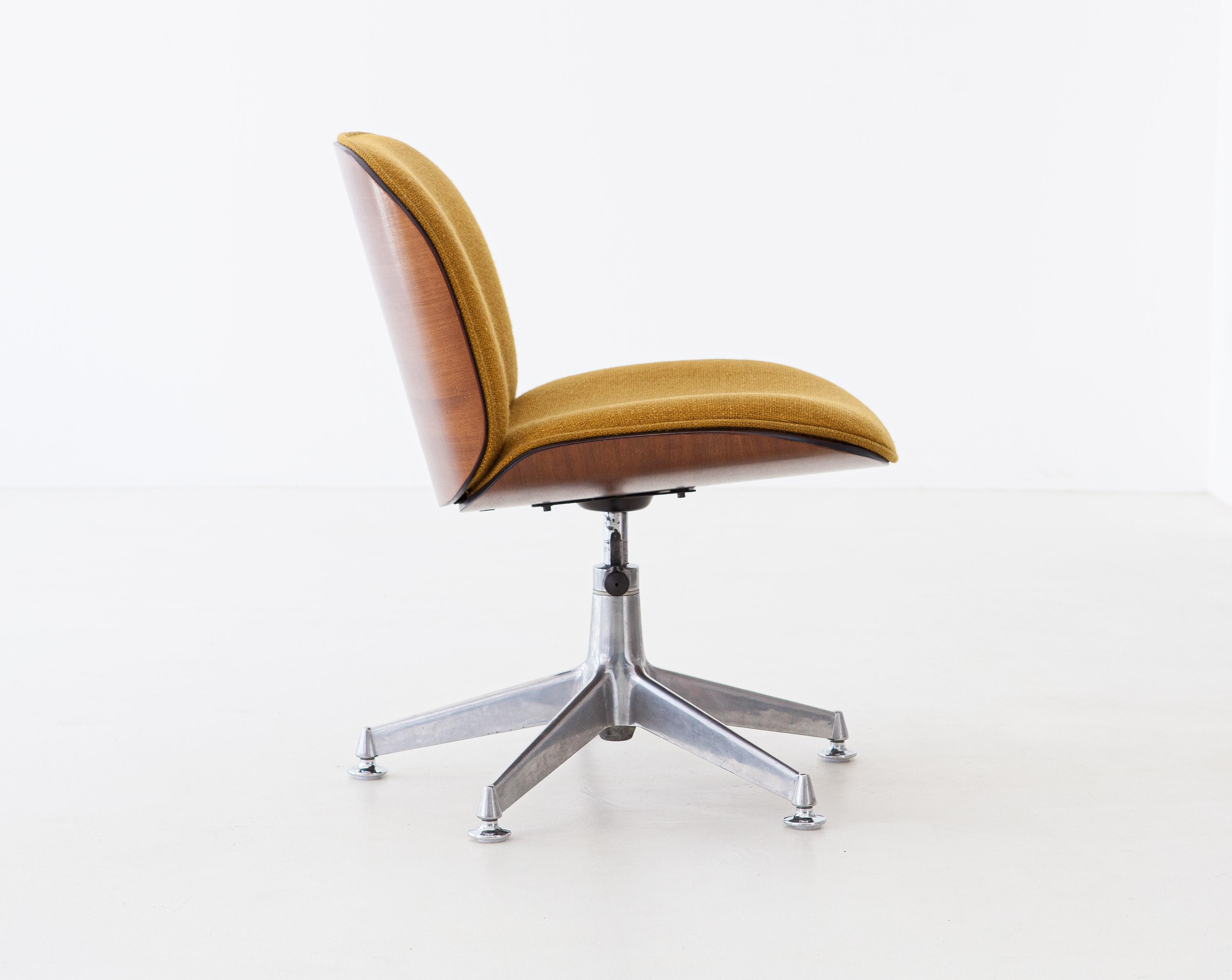 1950s-ico-parisi-for-mim-walnut-swivel-desk-chairs-10-se305