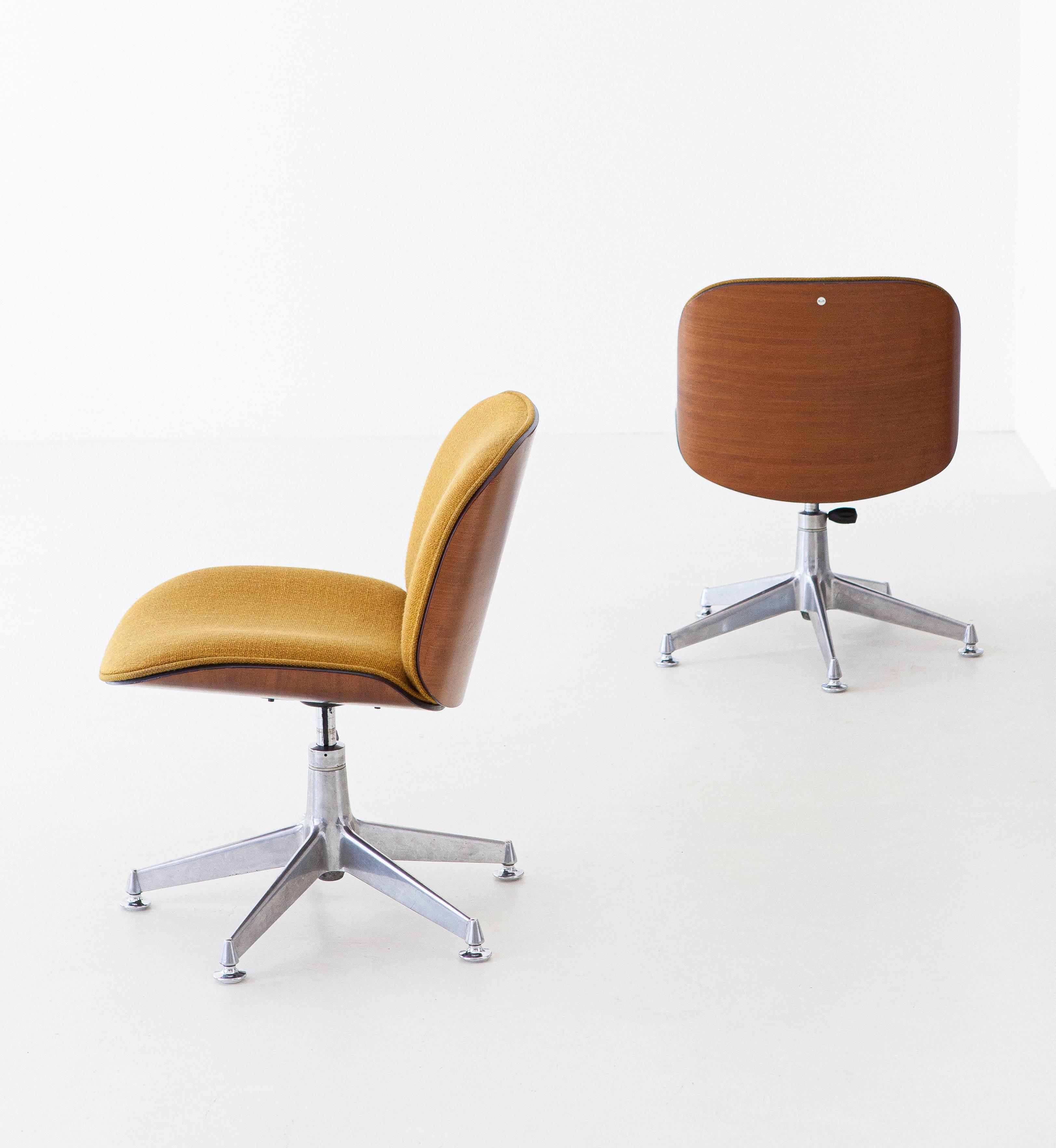 1950s-ico-parisi-for-mim-walnut-swivel-desk-chairs-3-se305