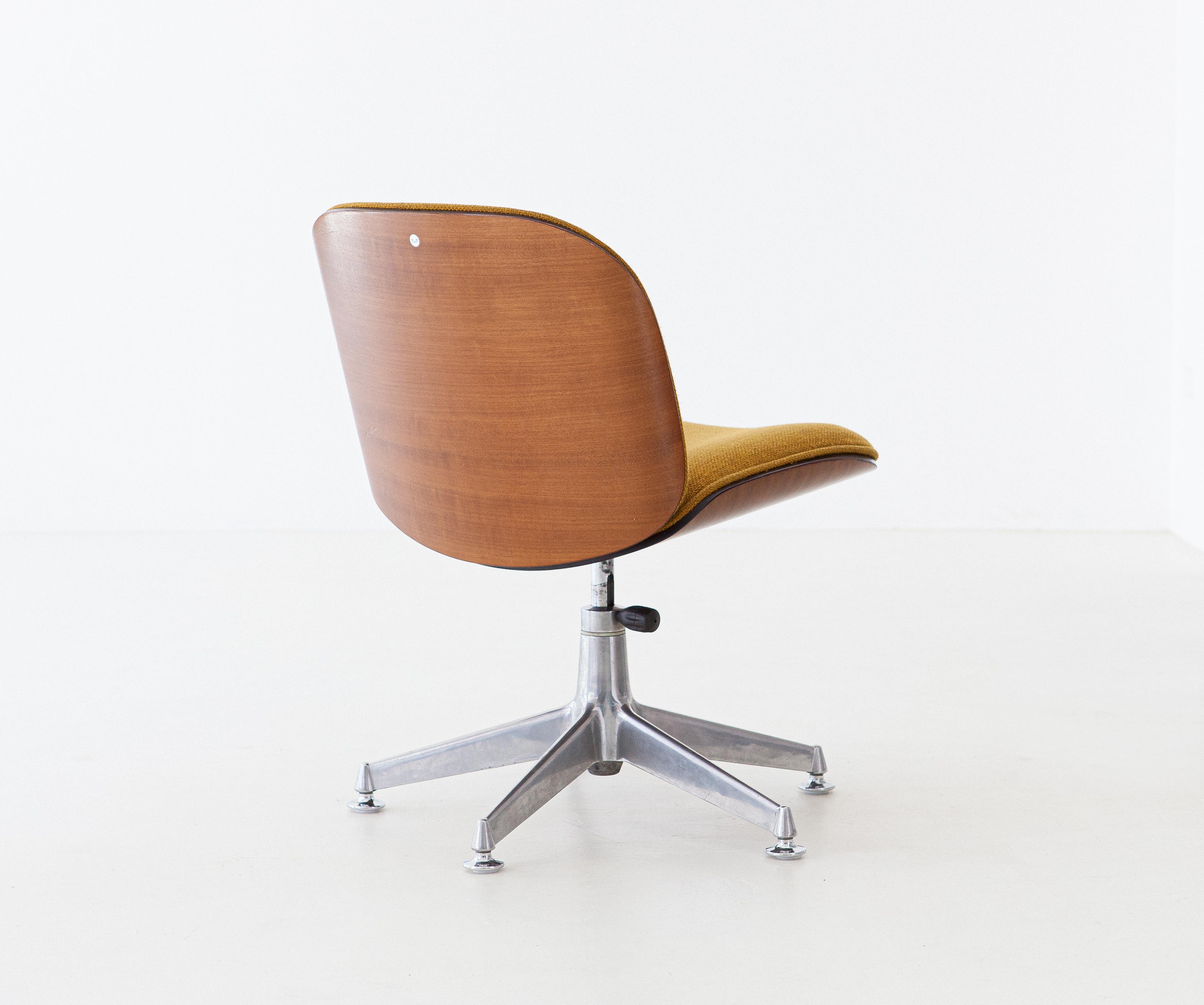 1950s-ico-parisi-for-mim-walnut-swivel-desk-chairs-9-se305