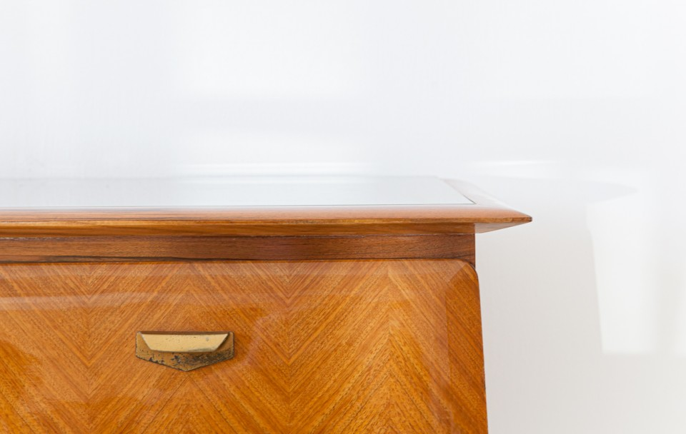 1950s-itaian-blond-mahogany-chest-of-drawers-4-st124