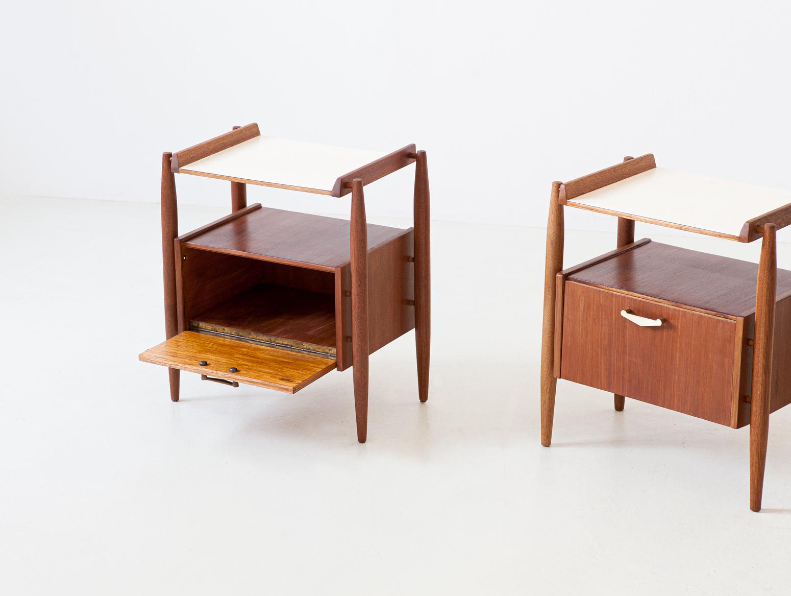 1950s-italian-bedside-tables-7-bt82