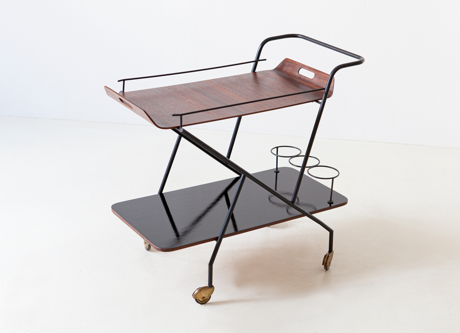 1950s-italian-design-bar-cart-1-of99