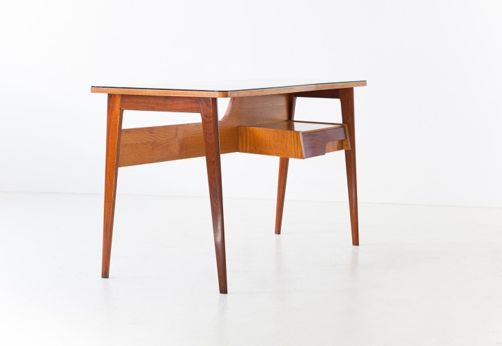 1950s Italian desk in mahogany and oak wood with glass top DT38
