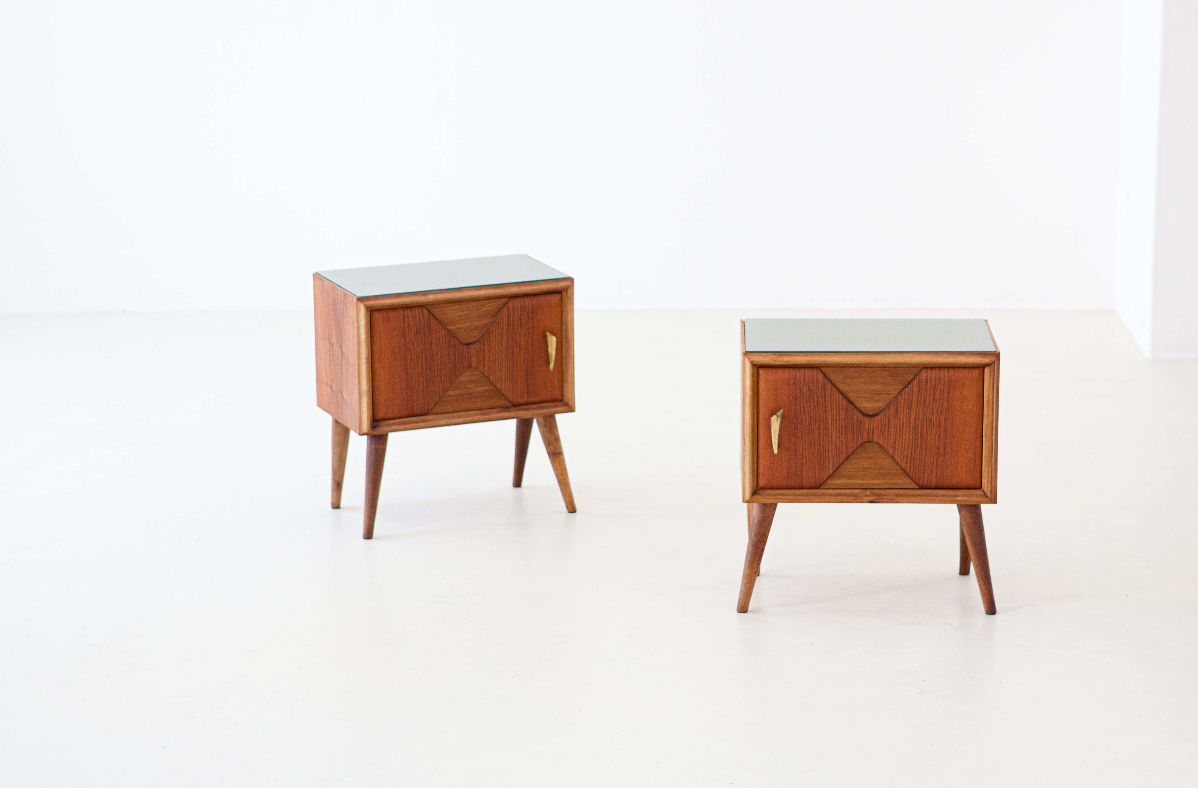 1950s-italian-exotic-wood-brass-glass-bedside-tables-4-BT81