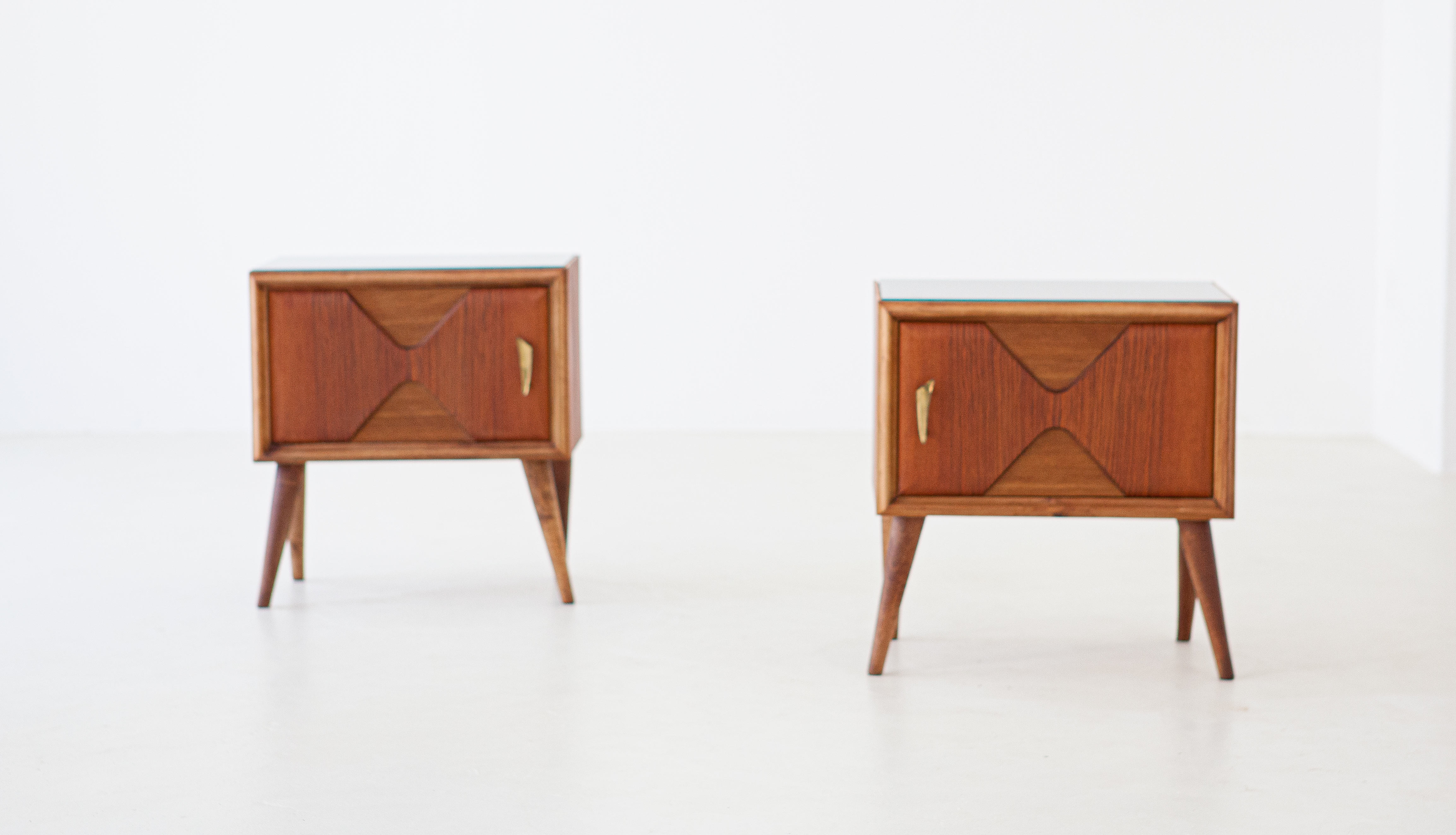 1950s-italian-exotic-wood-brass-glass-bedside-tables-7-BT81