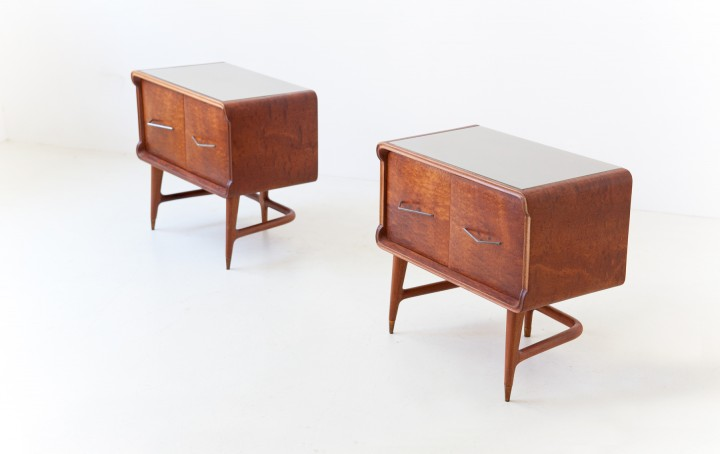 1950s Italian mahogany bedside tables BT90