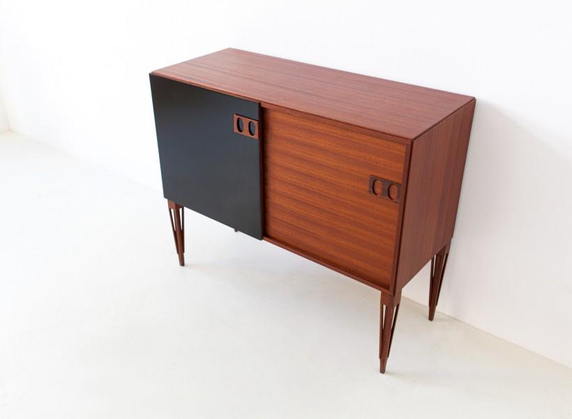 1950s Italian mahogany sideboard by fratelli Proserpio ST120