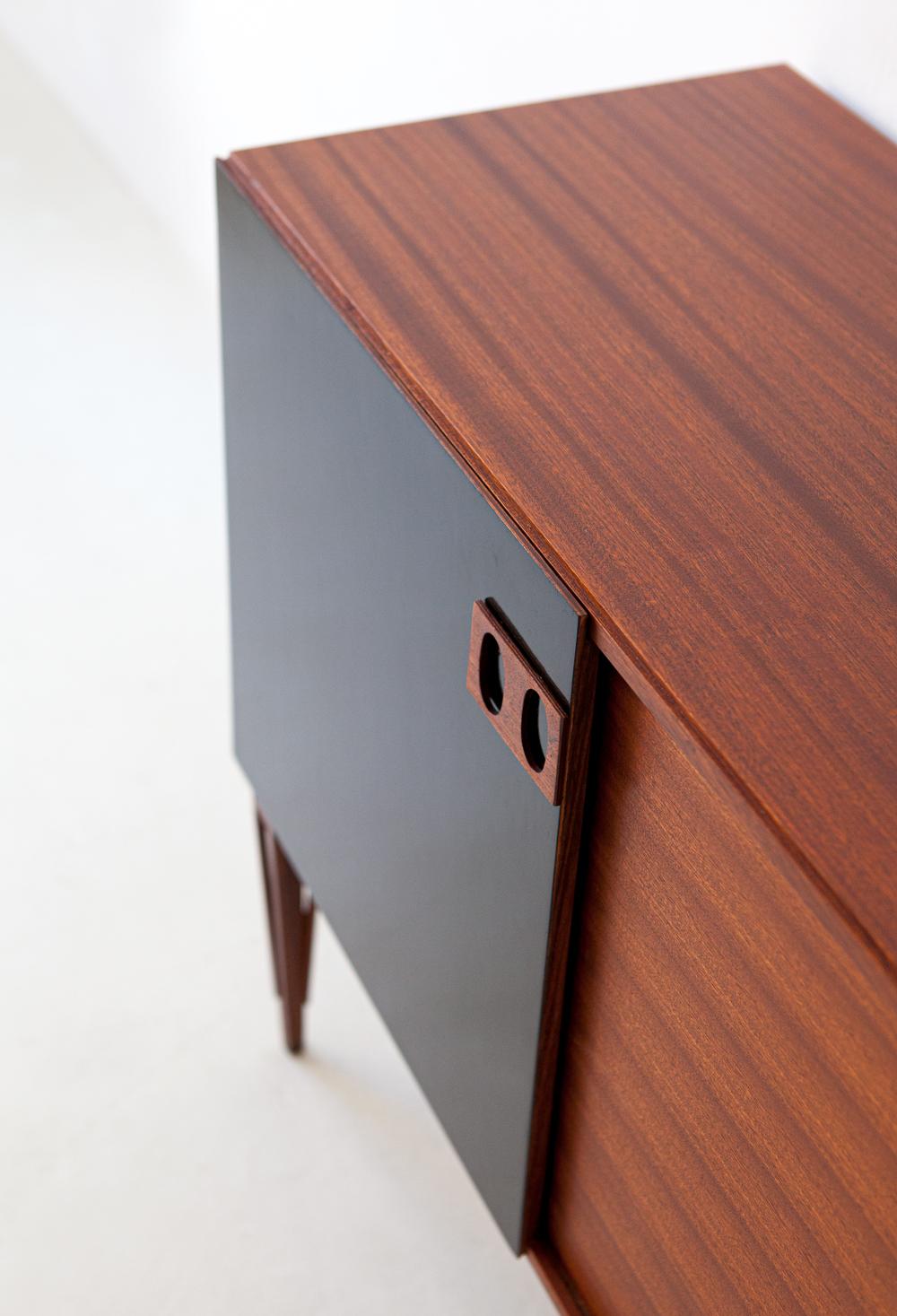 1950s-italian-mahogany-sideboard-by-fratelli-proserpio-4-st120