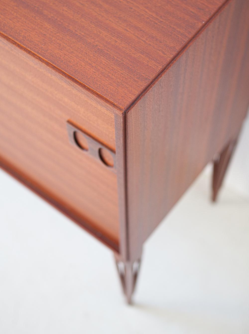1950s-italian-mahogany-sideboard-by-fratelli-proserpio-5-st120