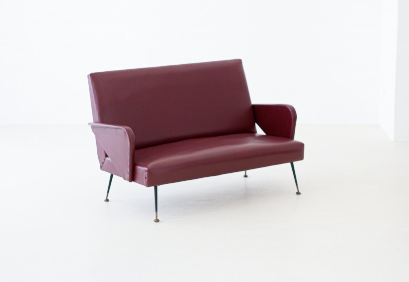 1950s Italian modern  two seats sofa SE299
