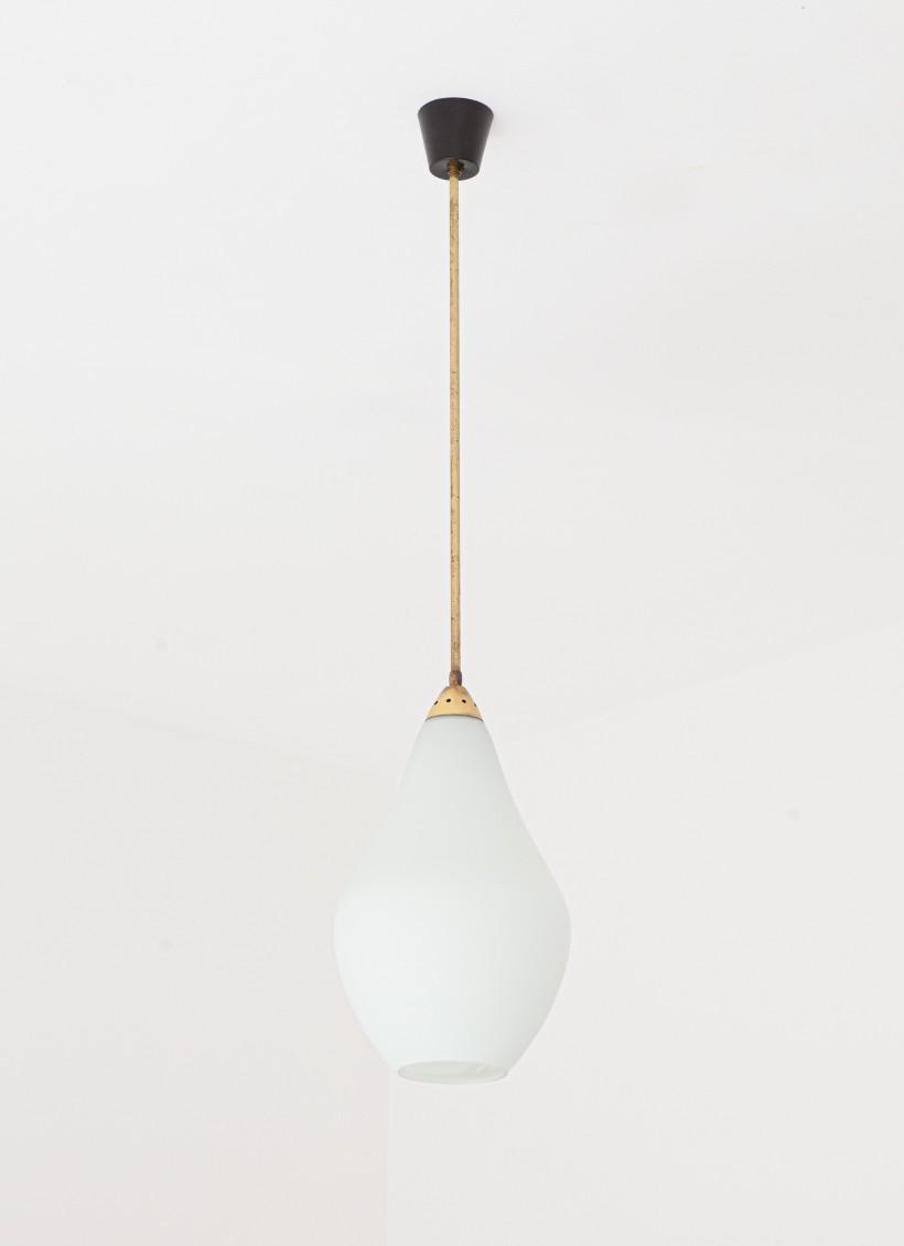 1950s Italian opaline glass and brass pendant lamp L81