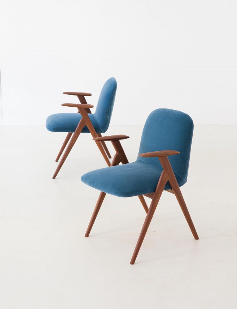 1950s Italian rosewood and blue velvet armchairs SE216