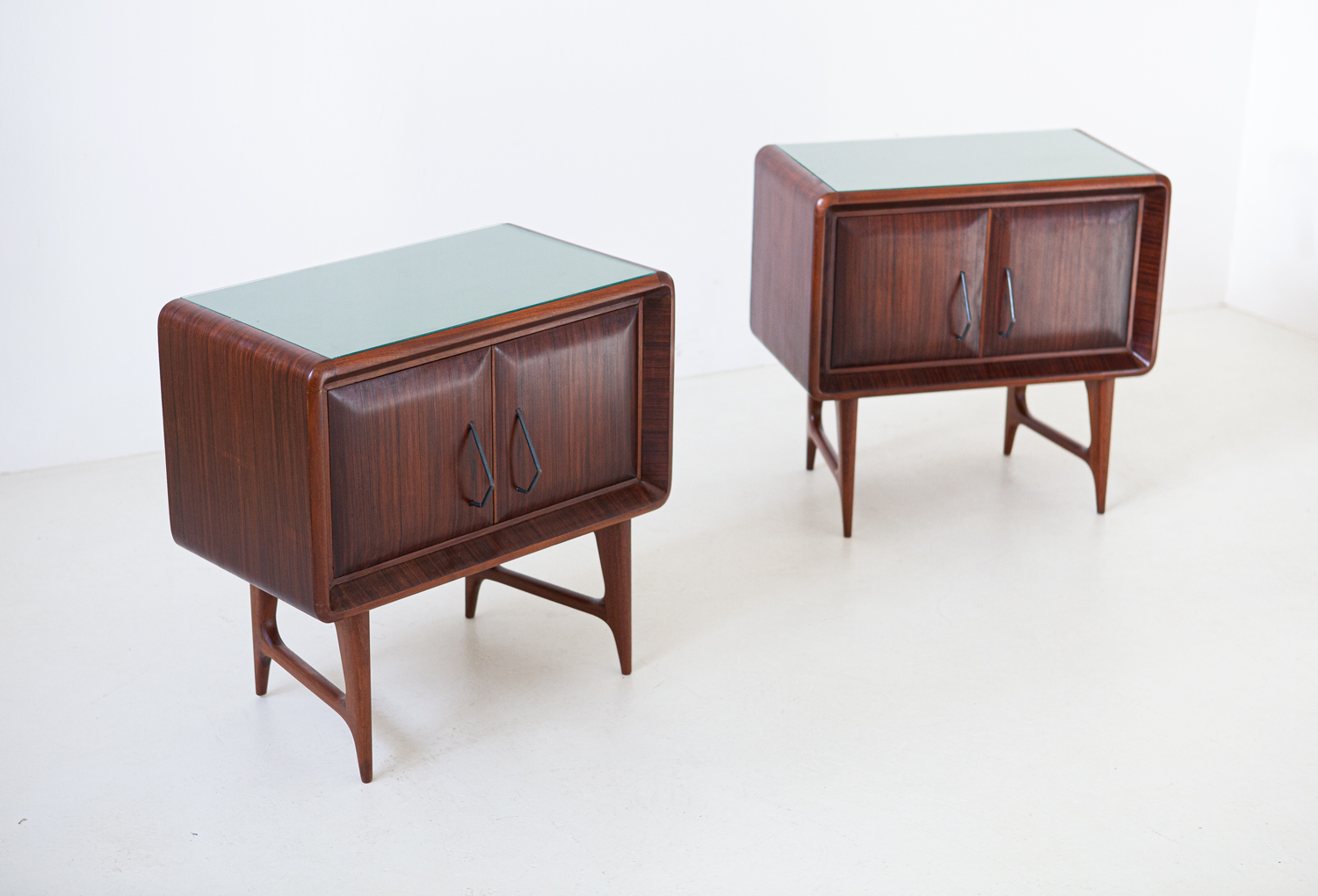 1950s-italian-rosewood-bedside-tables-with-green-glass-top-1-bt83