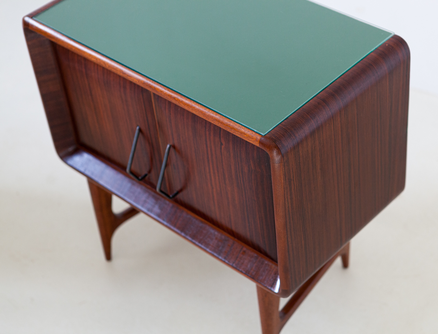 1950s-italian-rosewood-bedside-tables-with-green-glass-top-5-bt83