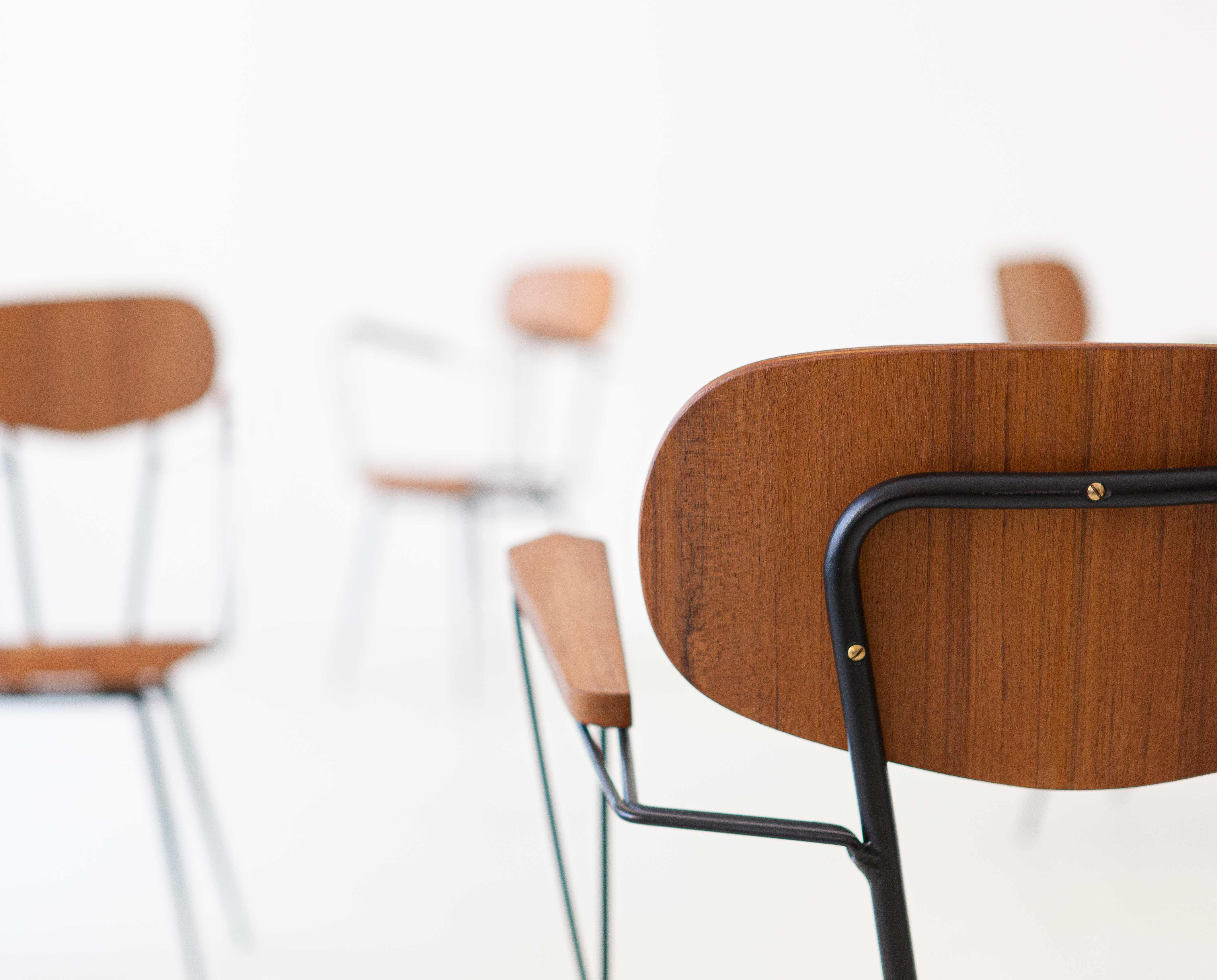 1950s-italian-set-of-four-teak-and-iron-chairs-5-se303