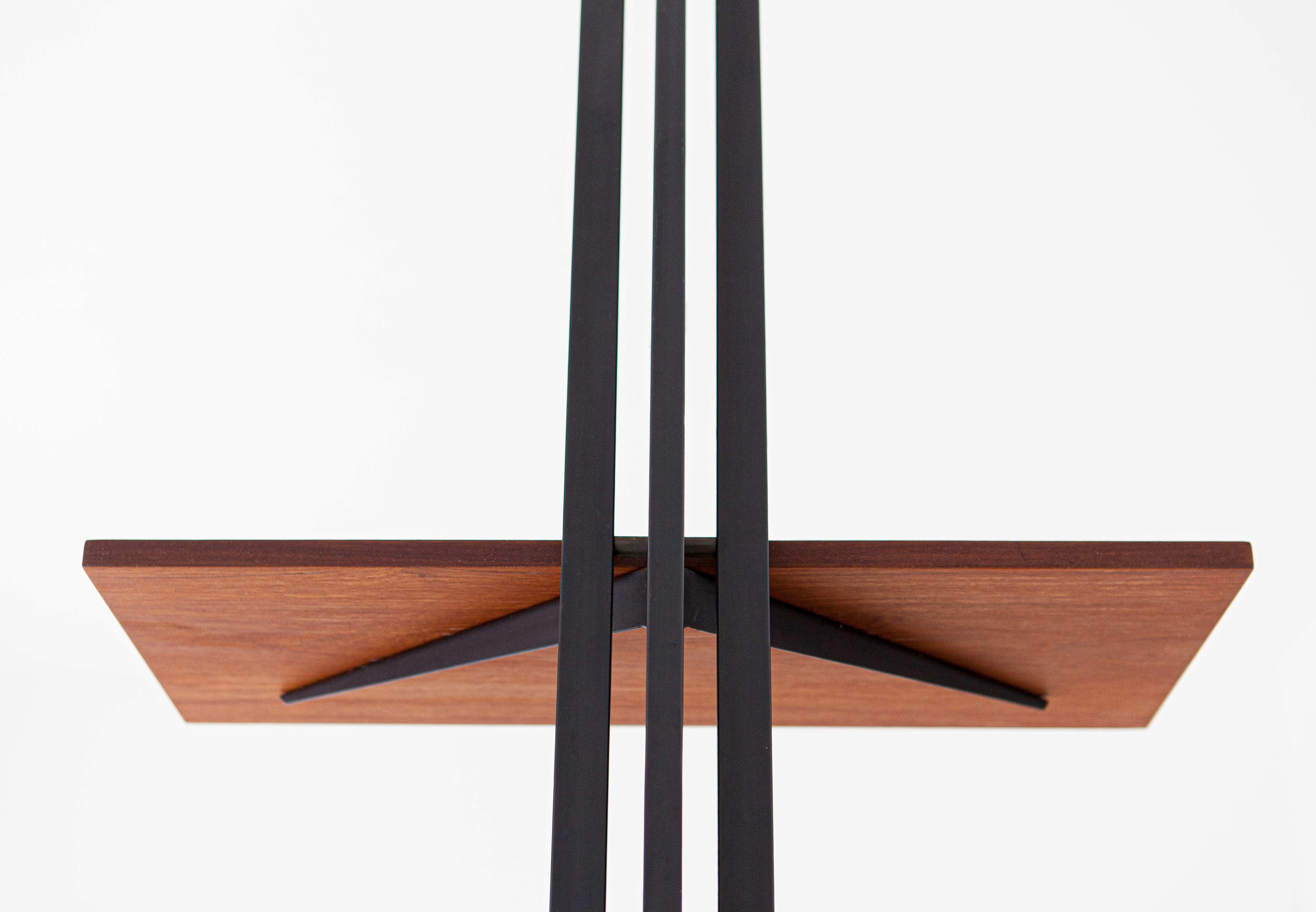 950s-italian-single-pole-floor-to-ceiling-bookshelf-6-wu37.jpg