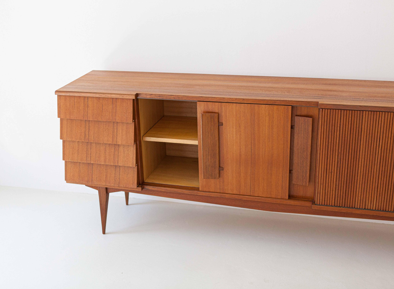1950s-italian-teak-sideboard-10-ST113