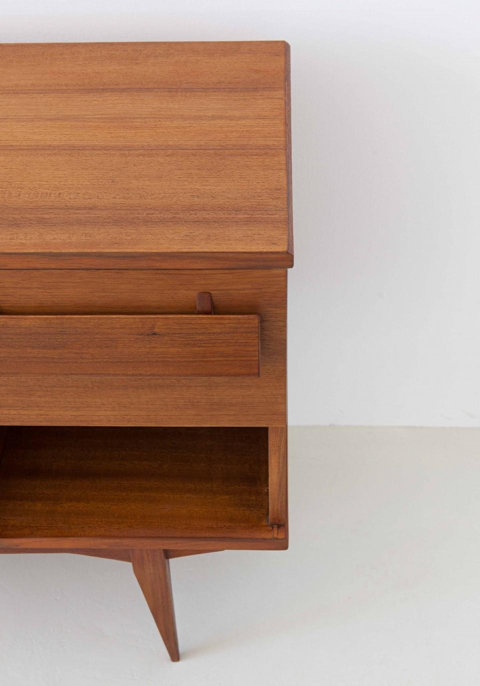 1950s-italian-teak-sideboard-5-ST113