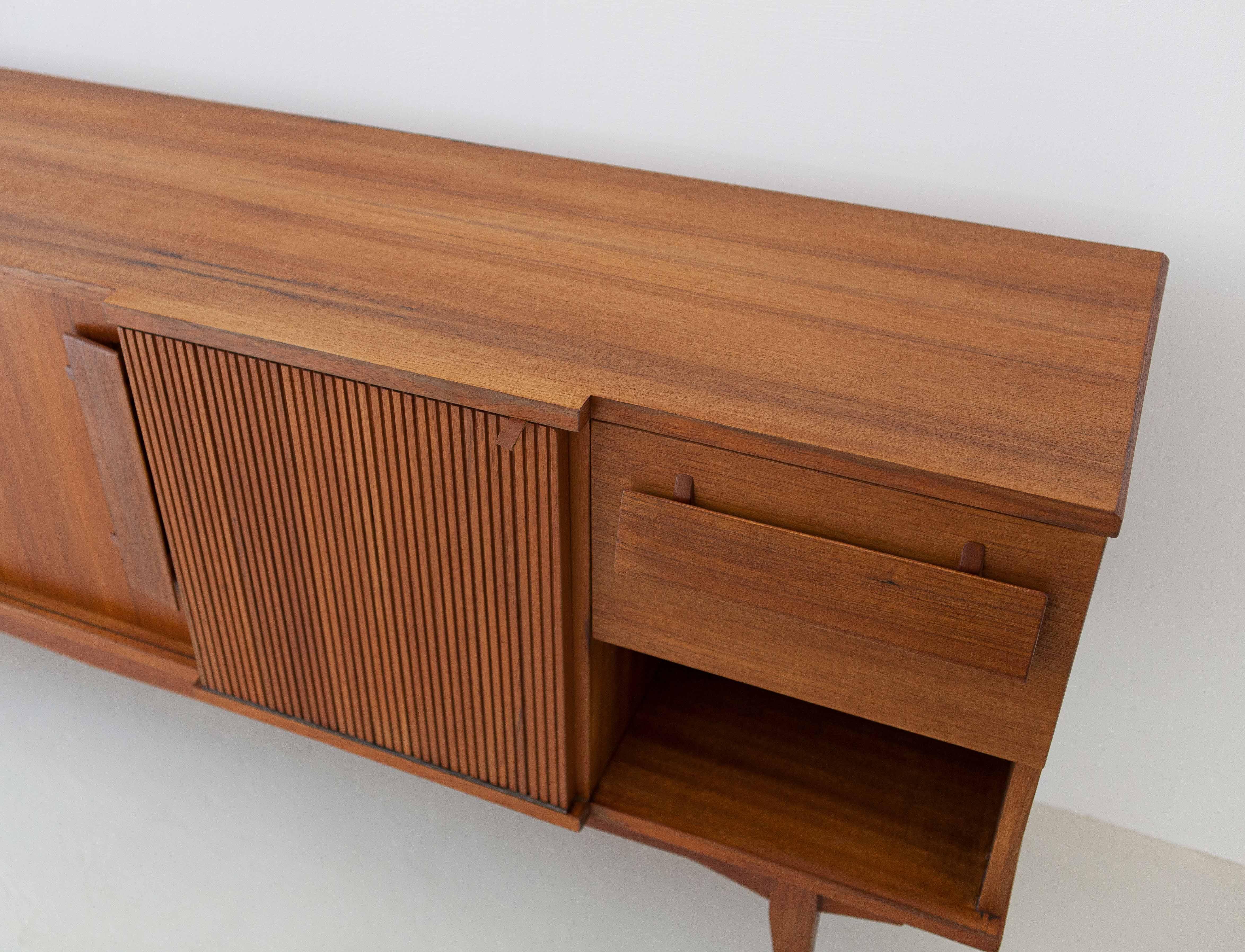 1950s-italian-teak-sideboard-6-ST113
