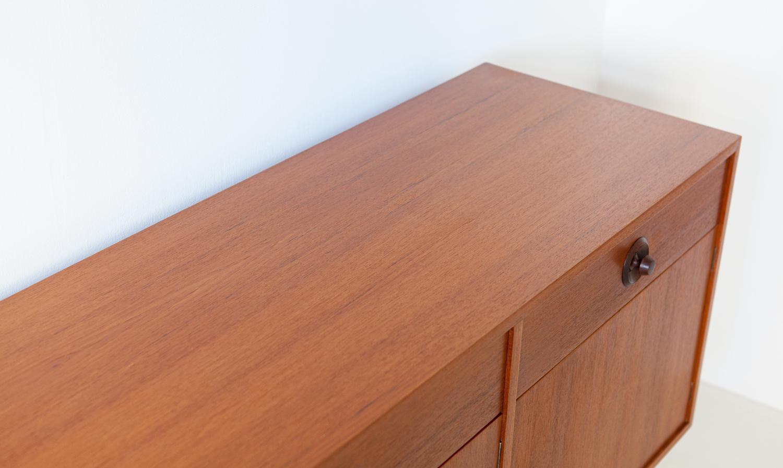 1950s-italian-teak-sideboard-6-st119