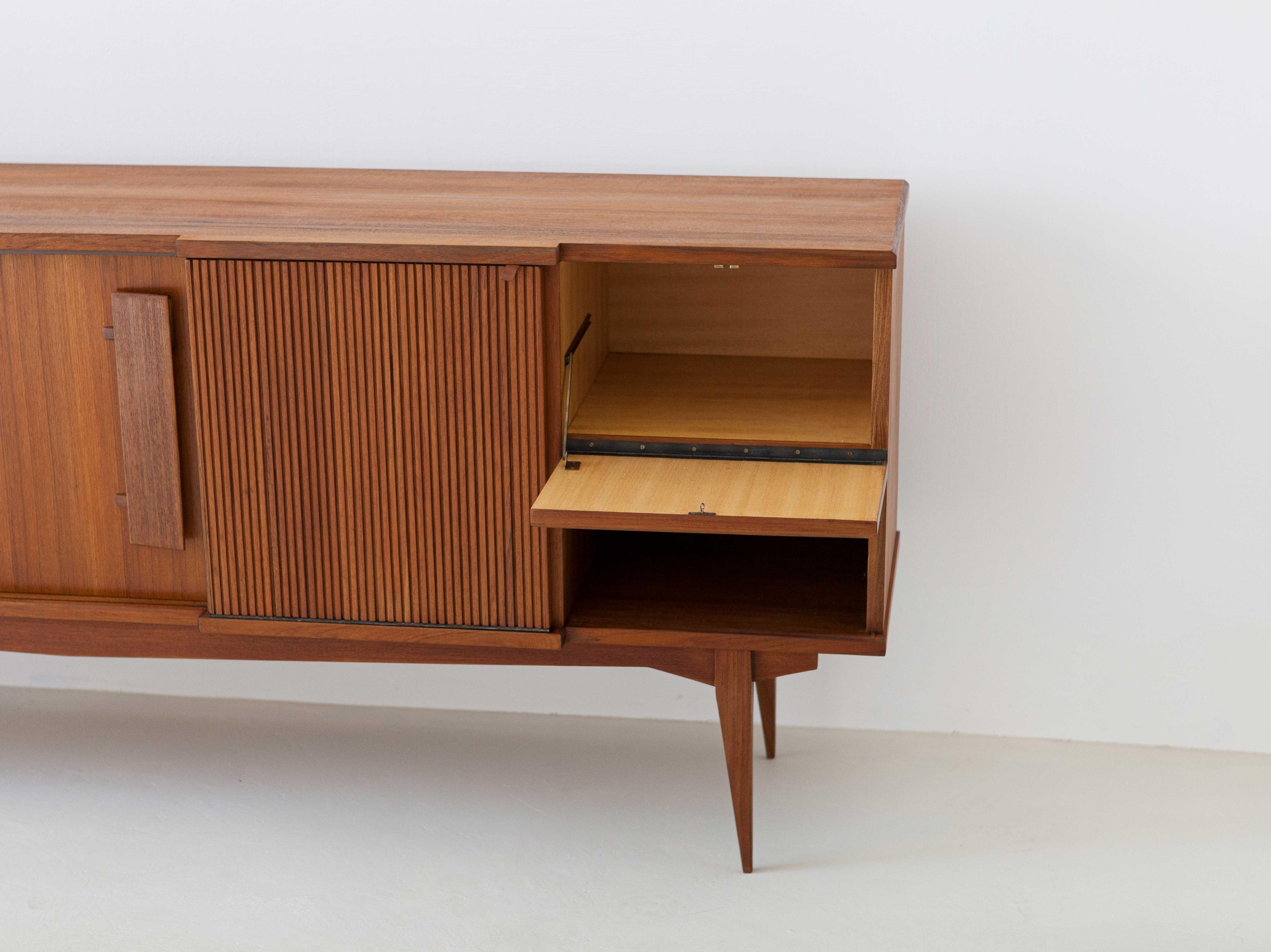 1950s-italian-teak-sideboard-7-ST113