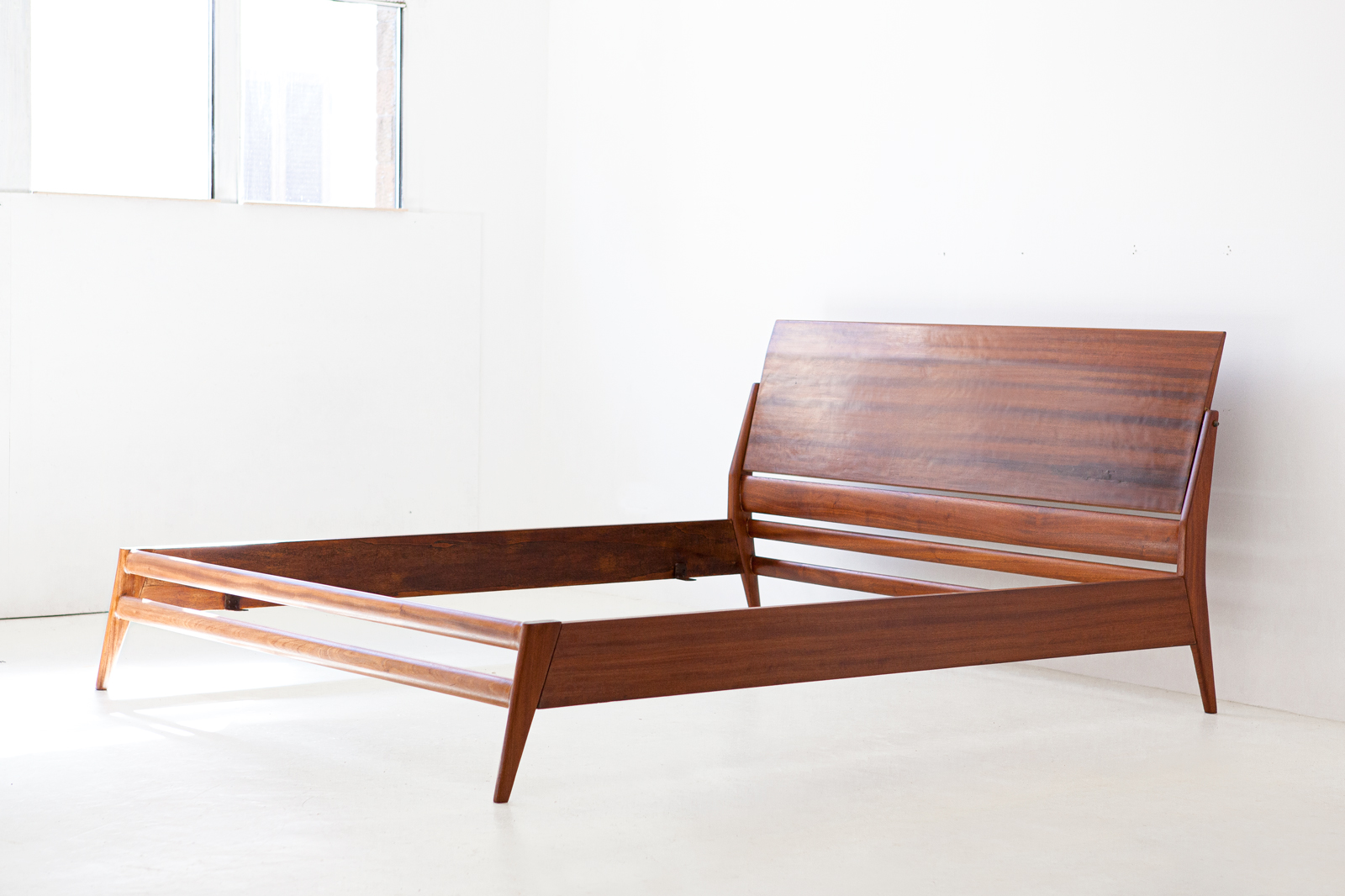 1950s-mahogany-double-bed-by-silvio-cavatorta-4-of101