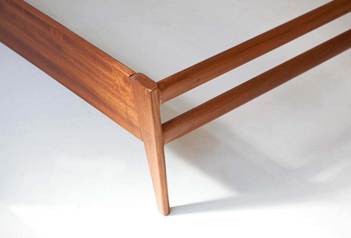 1950s-mahogany-double-bed-by-silvio-cavatorta-8-of101