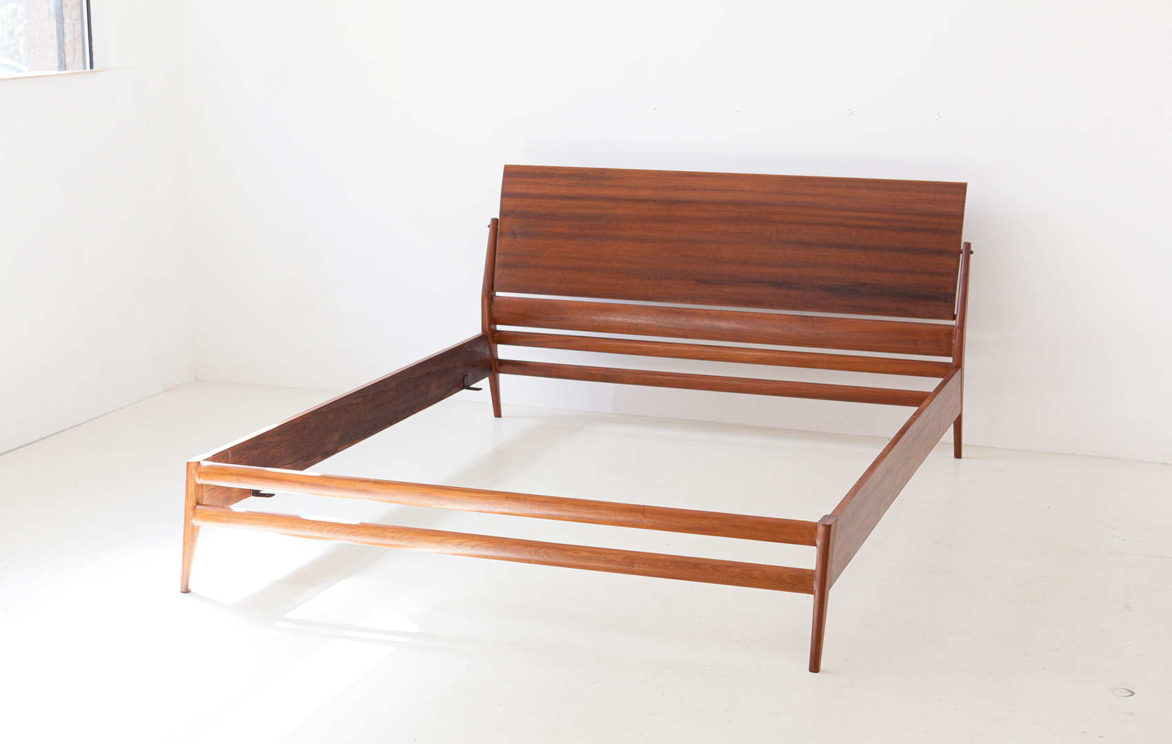 1950s-mahogany-double-bed-by-silvio-cavatorta-9-of101