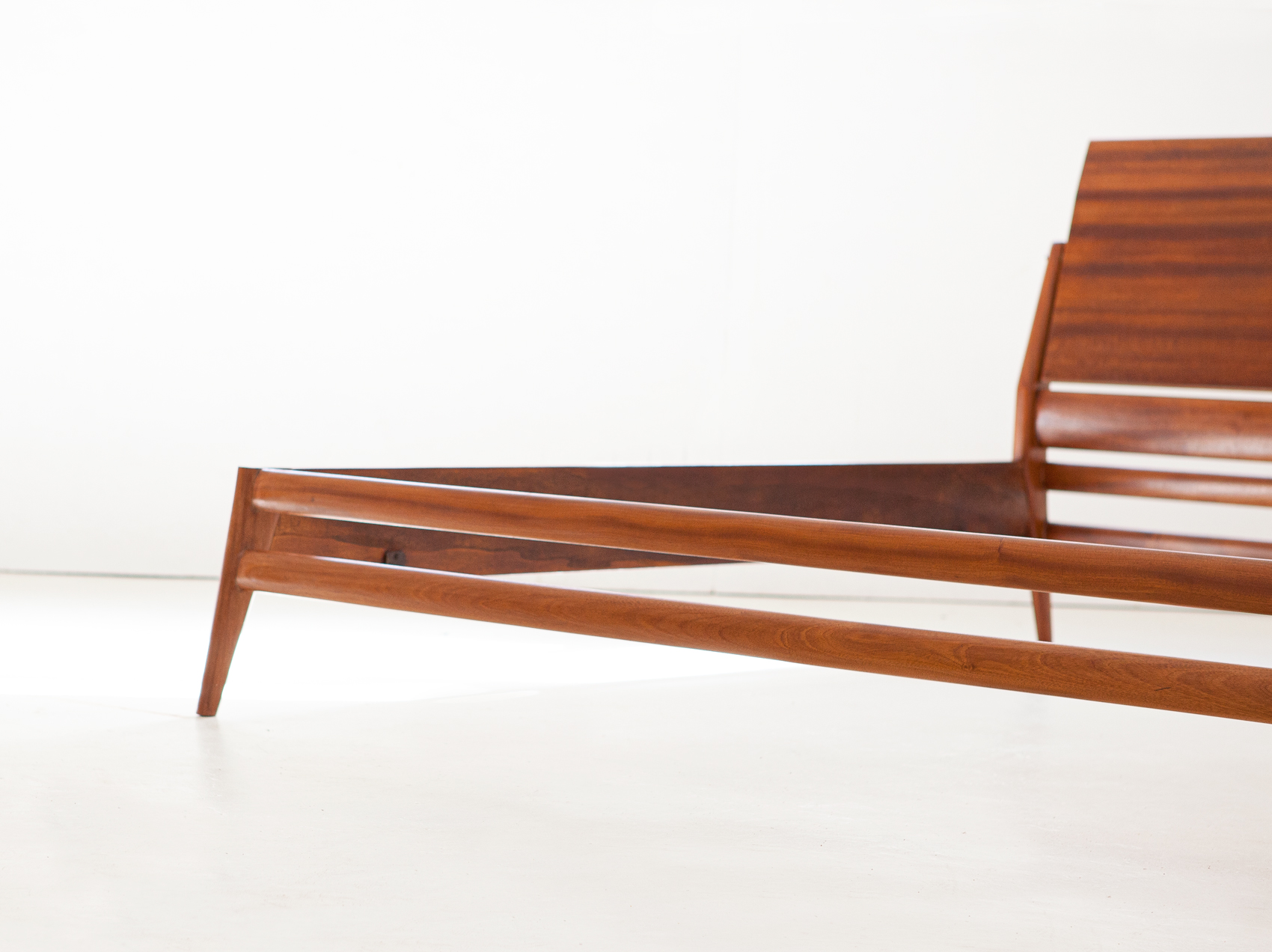 1950s-mahogany-double-bed-by-ssilvio-cavatorta-1-of101