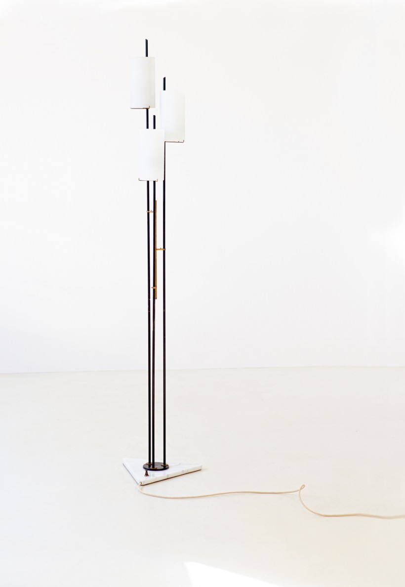 1950s marble brass and opaline glass base lamp by stilnovo L87