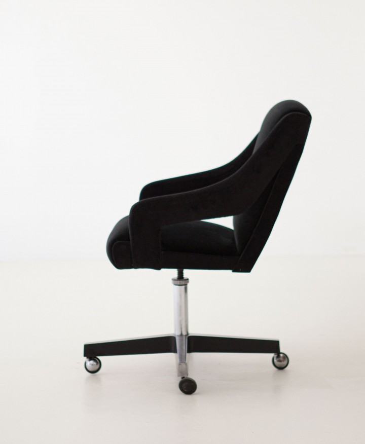 1950s black velvet swivel desk chair SE301