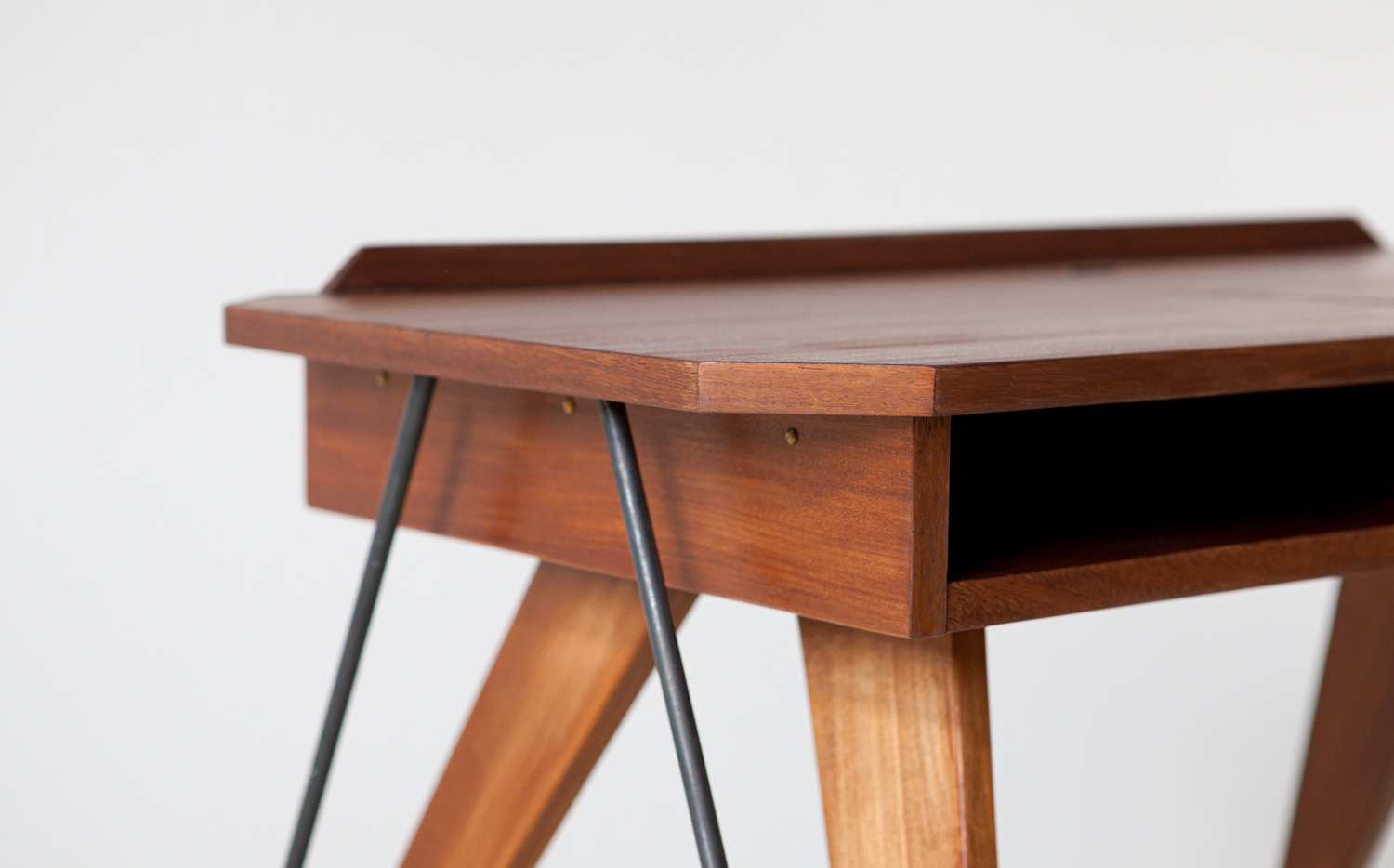 1950s-modern-console-desk-with-compass-legs-2-dt33