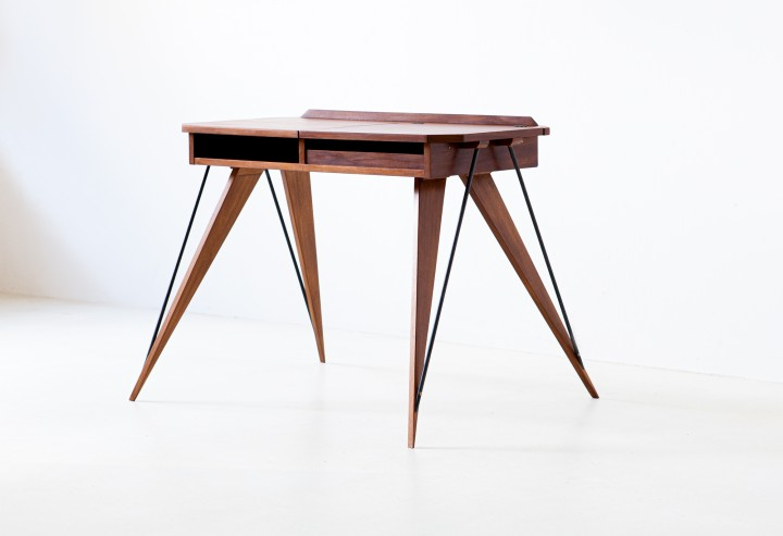 1950s modern console desk with compass legs DT33 – NOT AVAILABLE