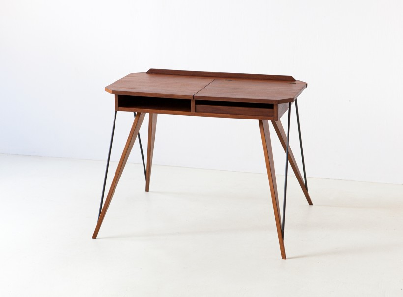 1950s modern console desk with compass legs DT33