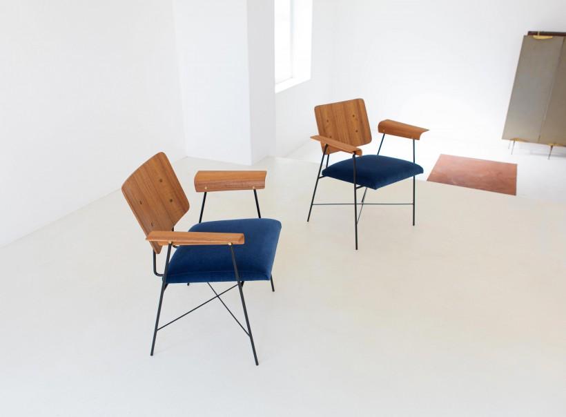 1950s modern iron bentwood teak and blue velvet armchairs SE313
