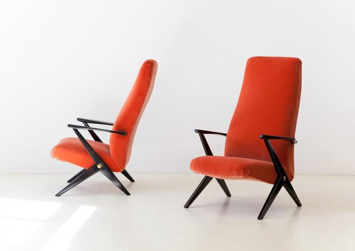 1950s rust color velvet lounge chairs SE338