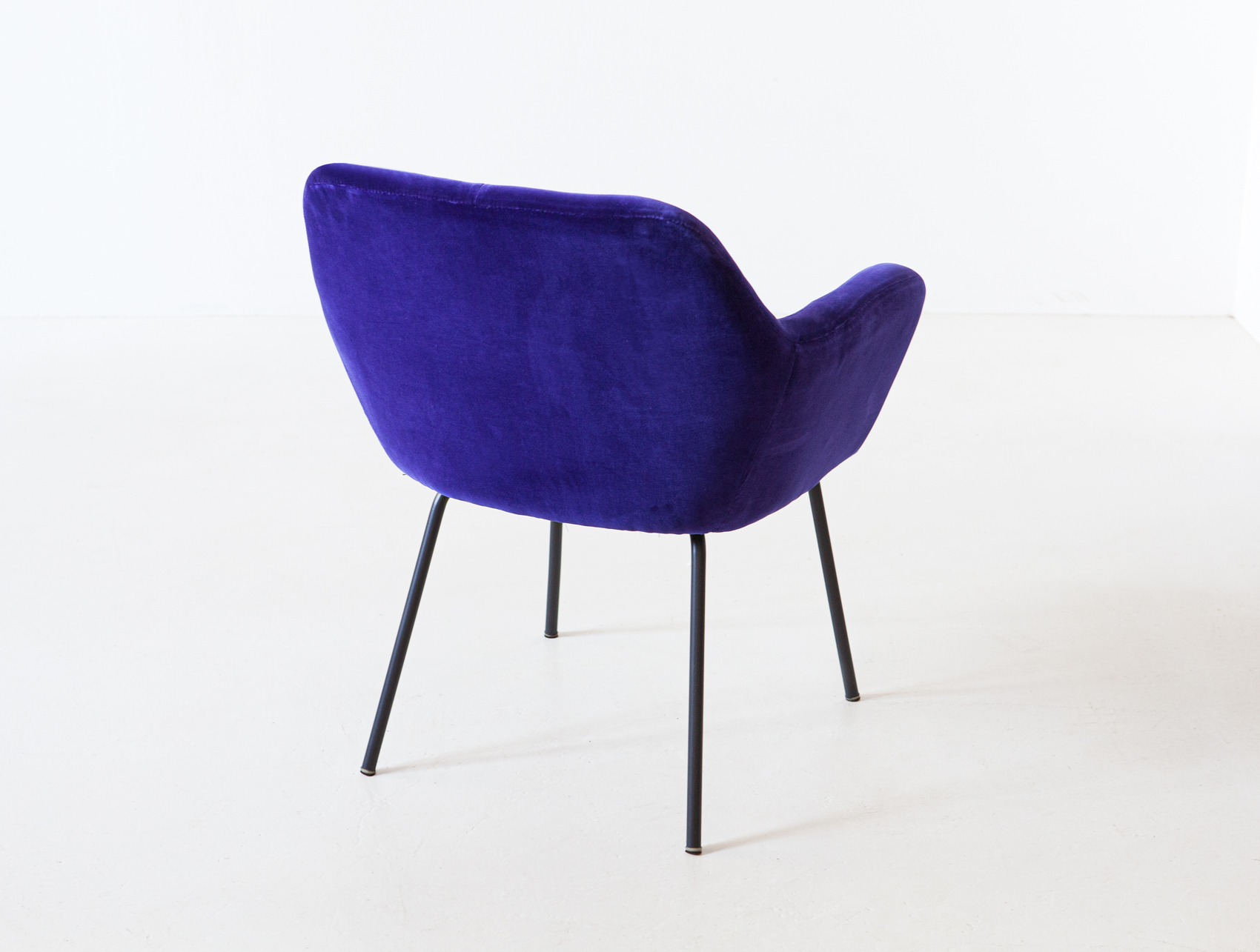 1950s-purle-velvet-armchair-by-studio-pfr-for--arflex-3-se318