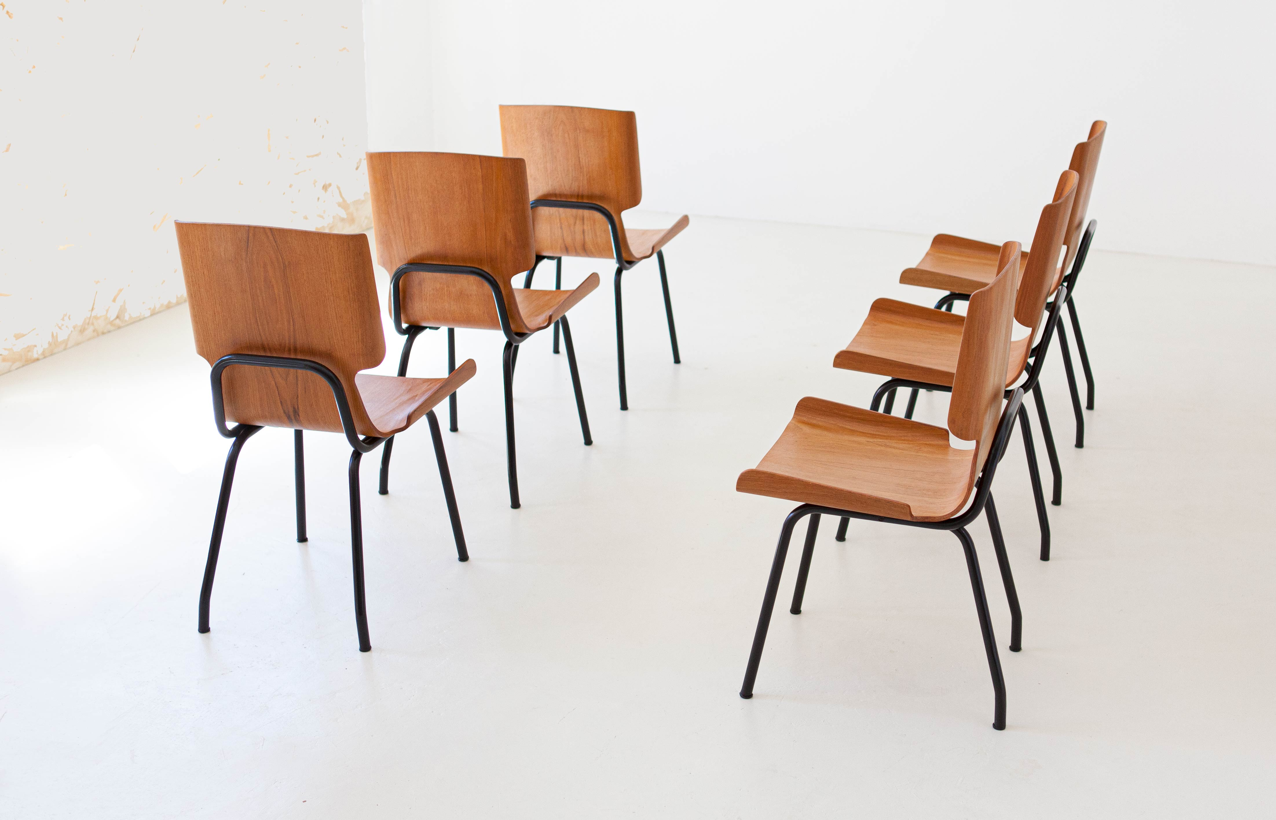 1950s-set-of-six-curved-teak-chairs-by-carlo-ratti-2-se311