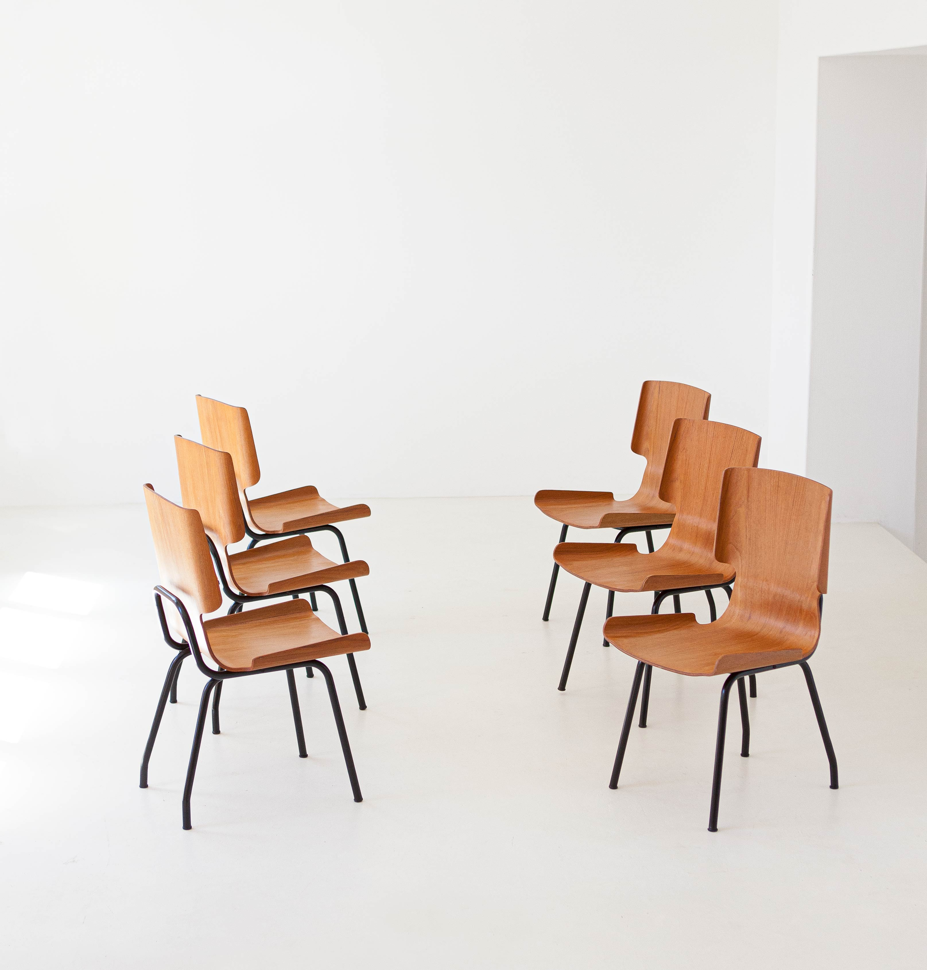 1950s-set-of-six-curved-teak-chairs-by-carlo-ratti-8-se311