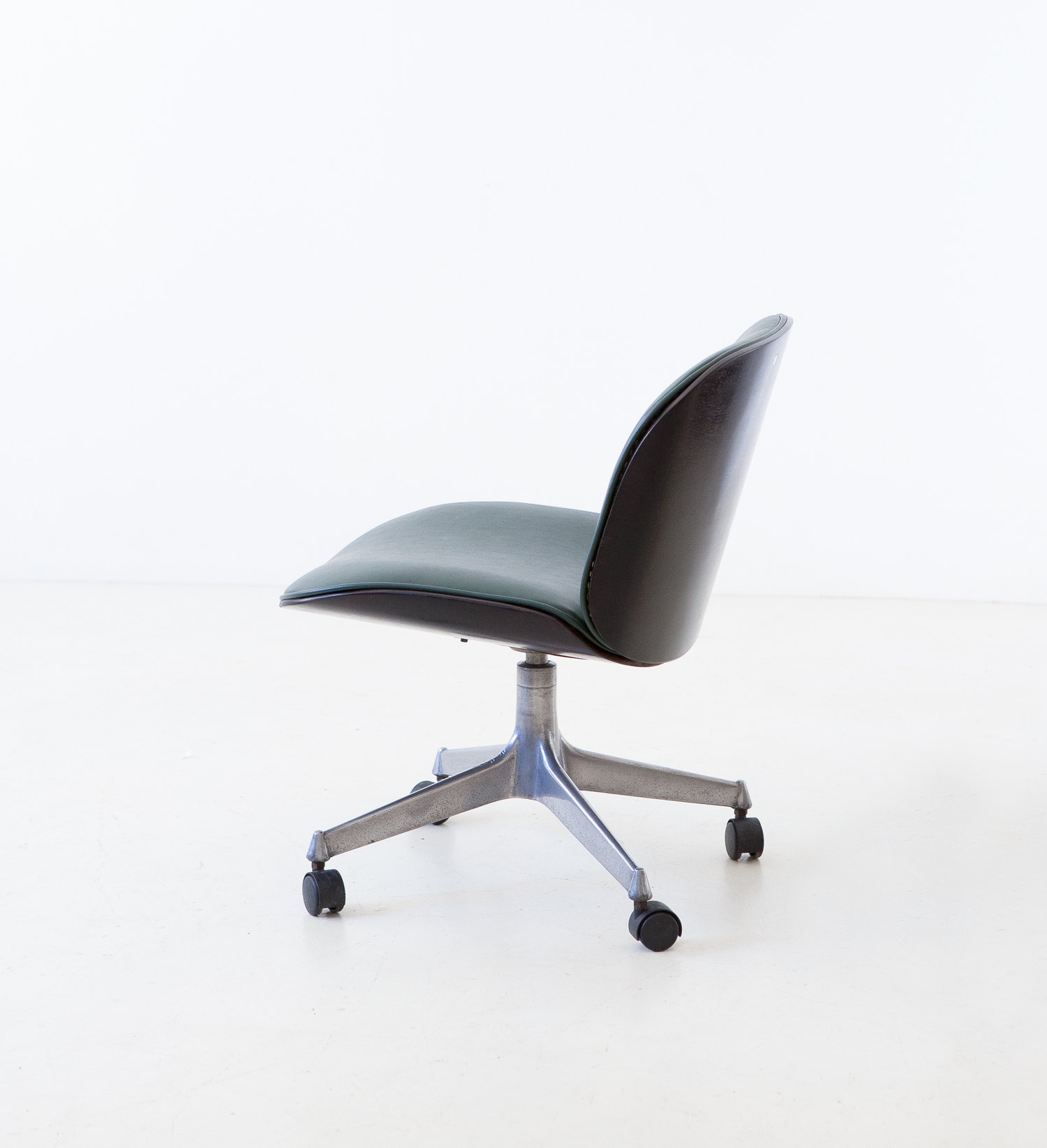 1950s-swivel-desk-chair-by-Ico-Parisi-for-M.i.M.-4-se331