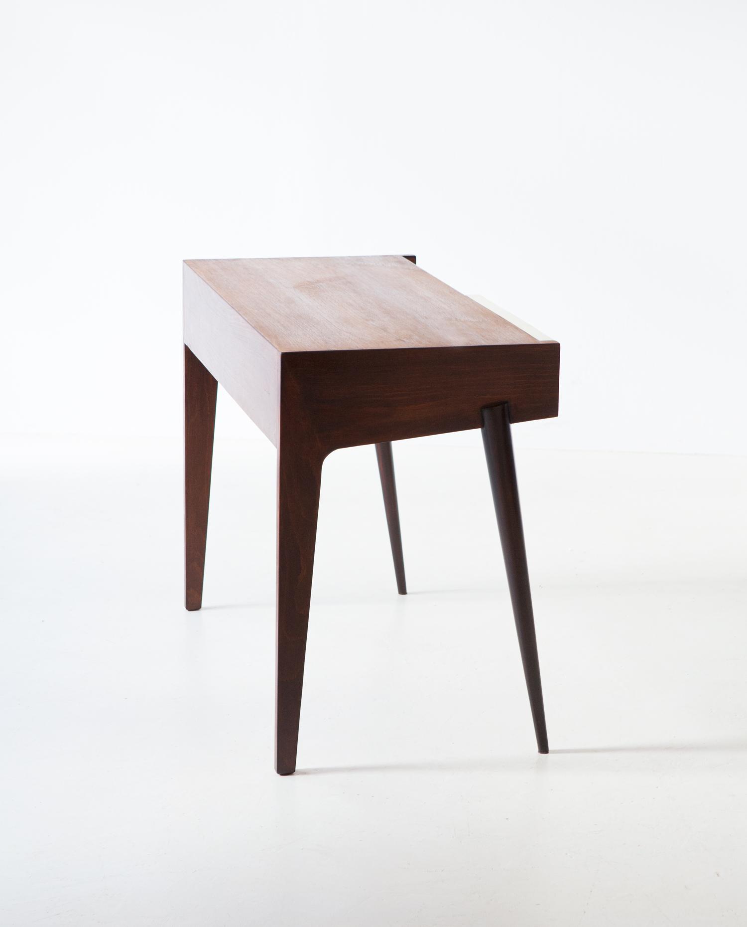 1950's-writing-desk-9-dt32