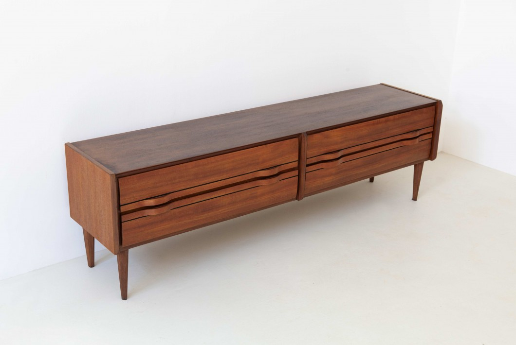 1950's Fully restored italian teak sideboard with drawers ST116
