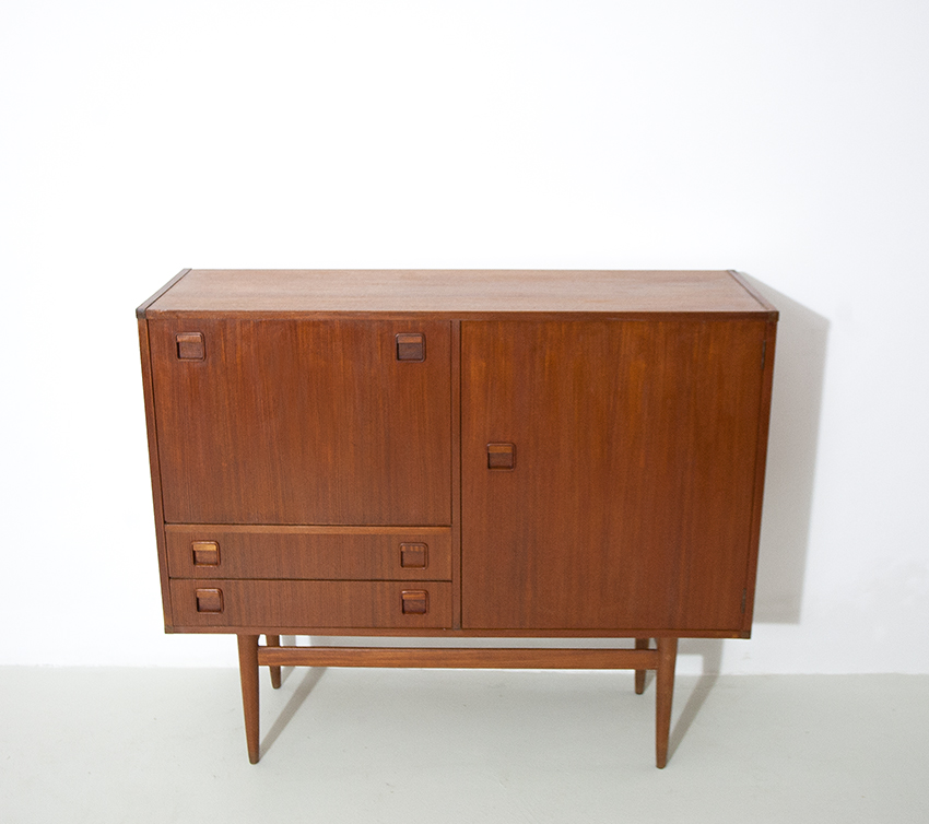 Sideboard 34 4 retro4m for Sideboard 2 m lang