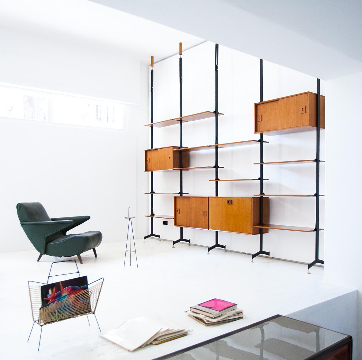 bookshelf-22.1
